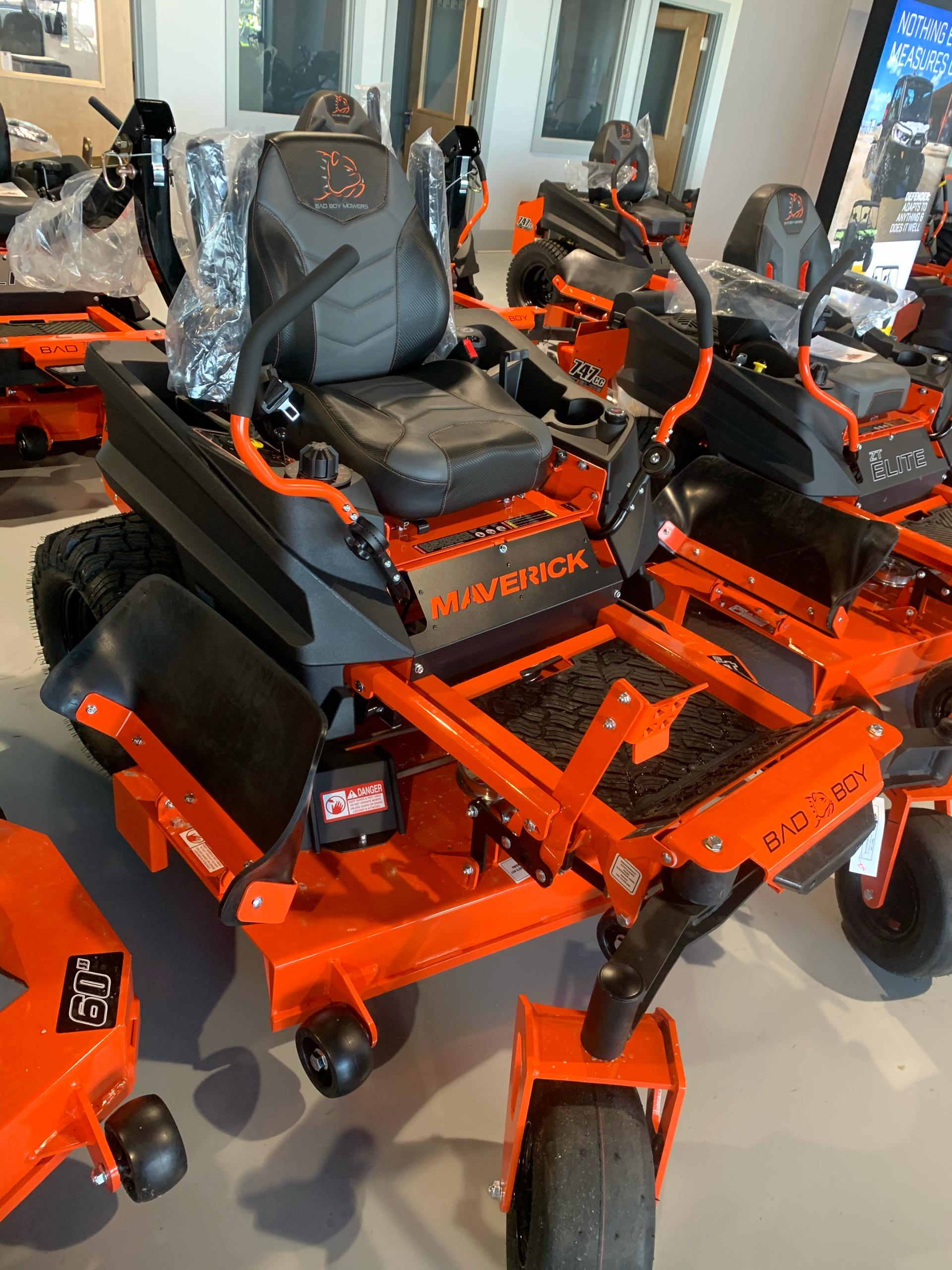 2021 Bad Boy Mowers Maverick 54 in. Kohler Confidant 747 cc in Valdosta, Georgia - Photo 4
