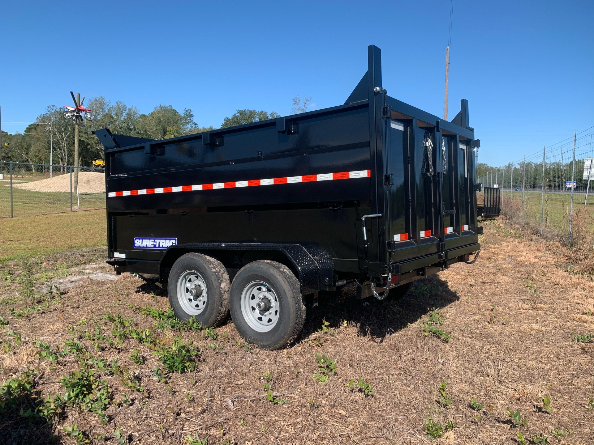 2020 Sure-Trac 82IN X 12LP 14K SCISSOR DUMP 4FT SIDE in Valdosta, Georgia - Photo 6