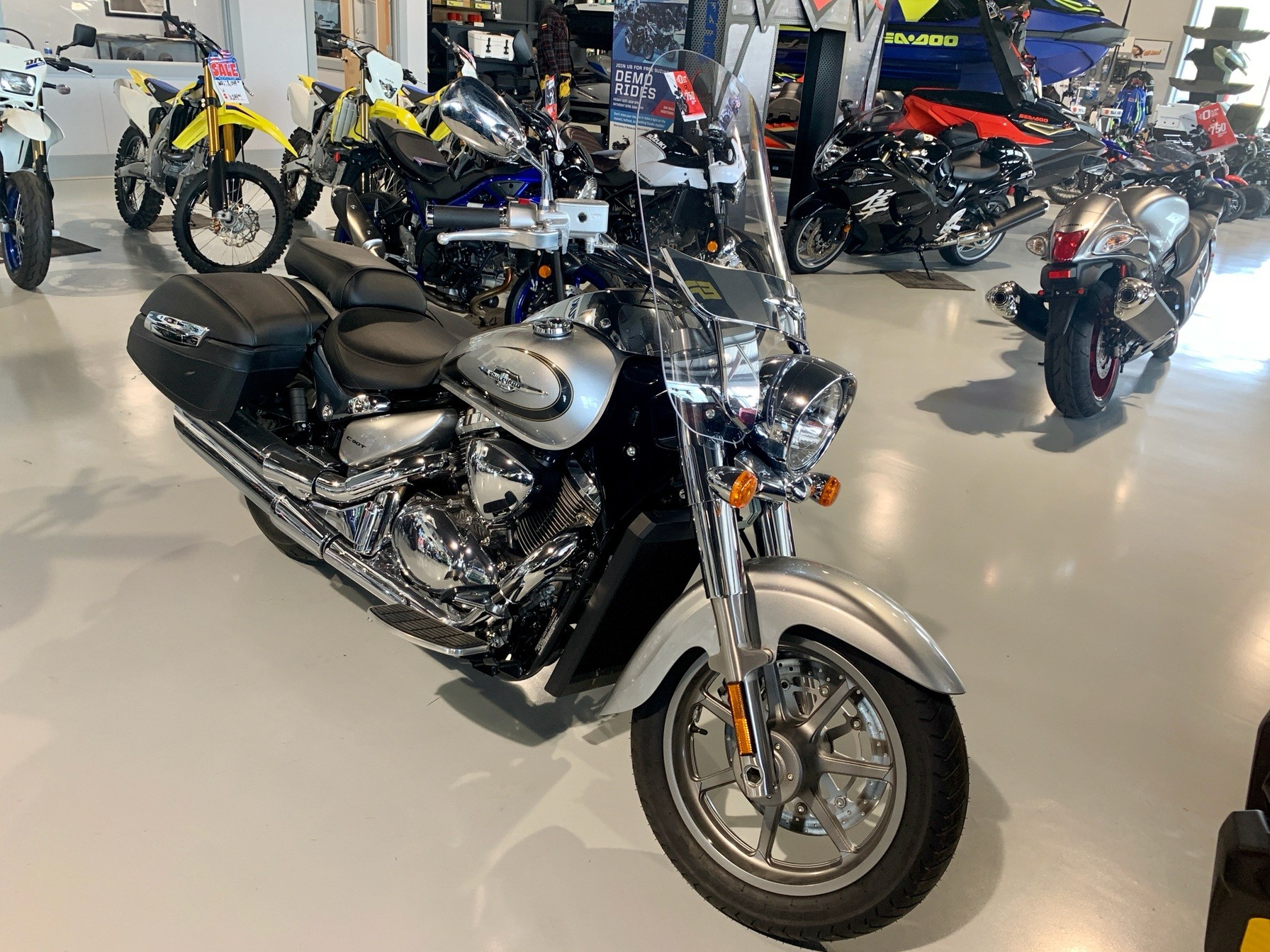 2019 Suzuki Boulevard C90 B.O.S.S. in Valdosta, Georgia - Photo 3