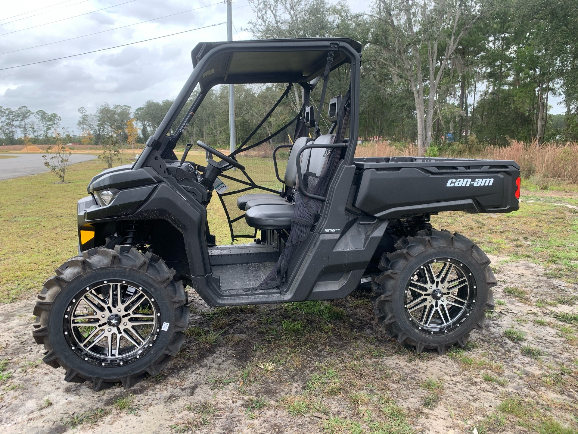 2020 Can-Am Defender HD8 in Valdosta, Georgia - Photo 3