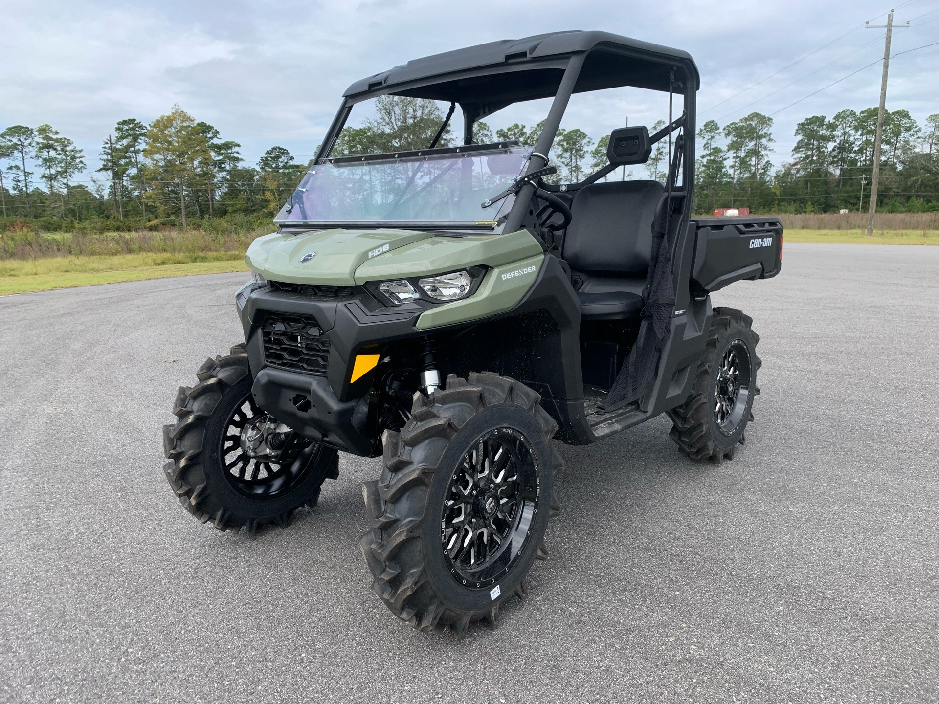 2021 Can-Am Defender HD8 in Valdosta, Georgia - Photo 1