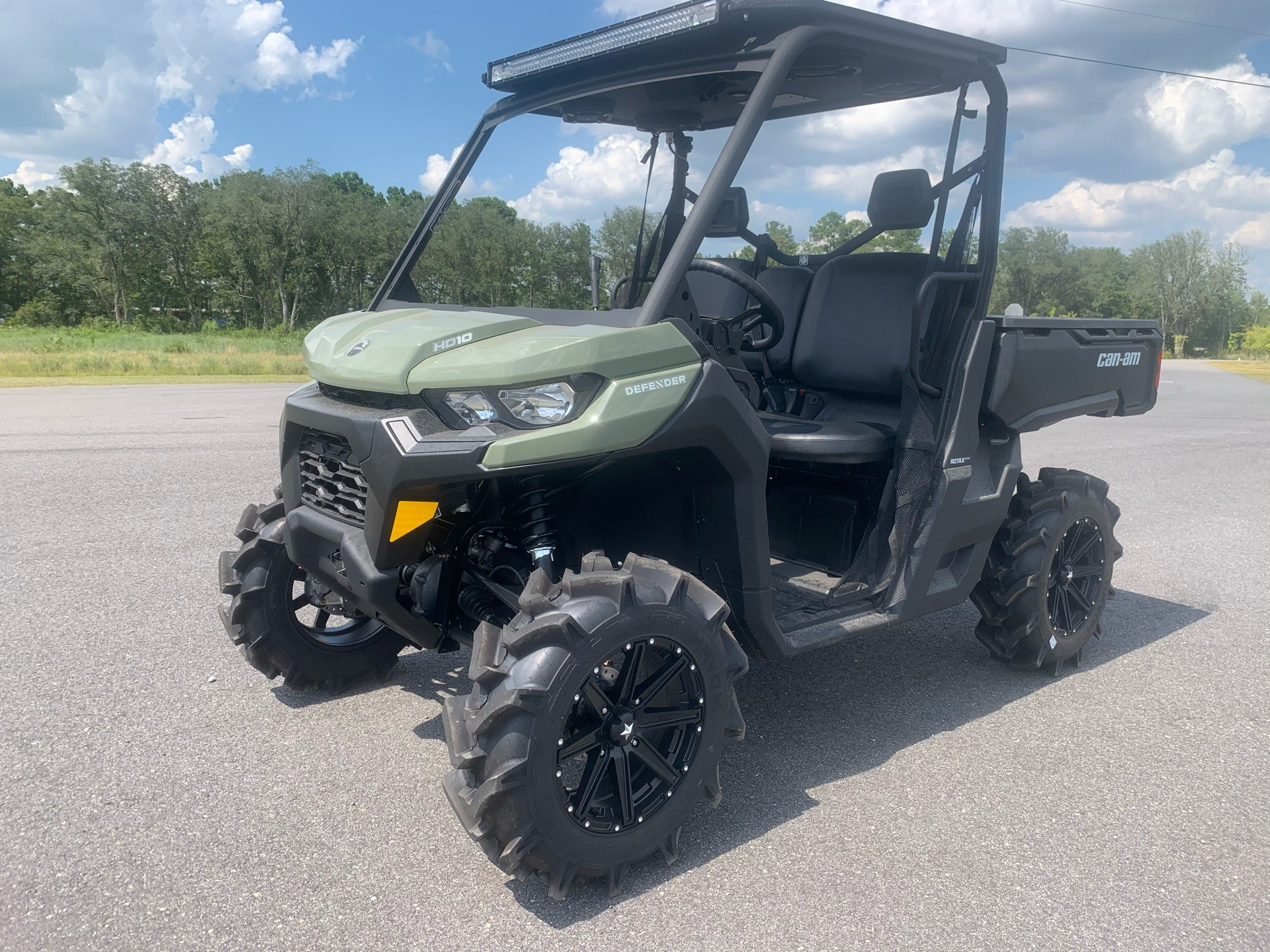 2020 Can-Am Defender DPS HD10 in Valdosta, Georgia