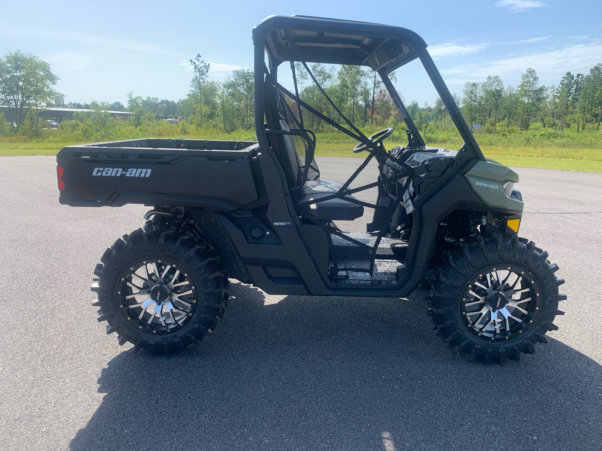 2020 Can-Am Defender DPS HD8 in Valdosta, Georgia - Photo 6