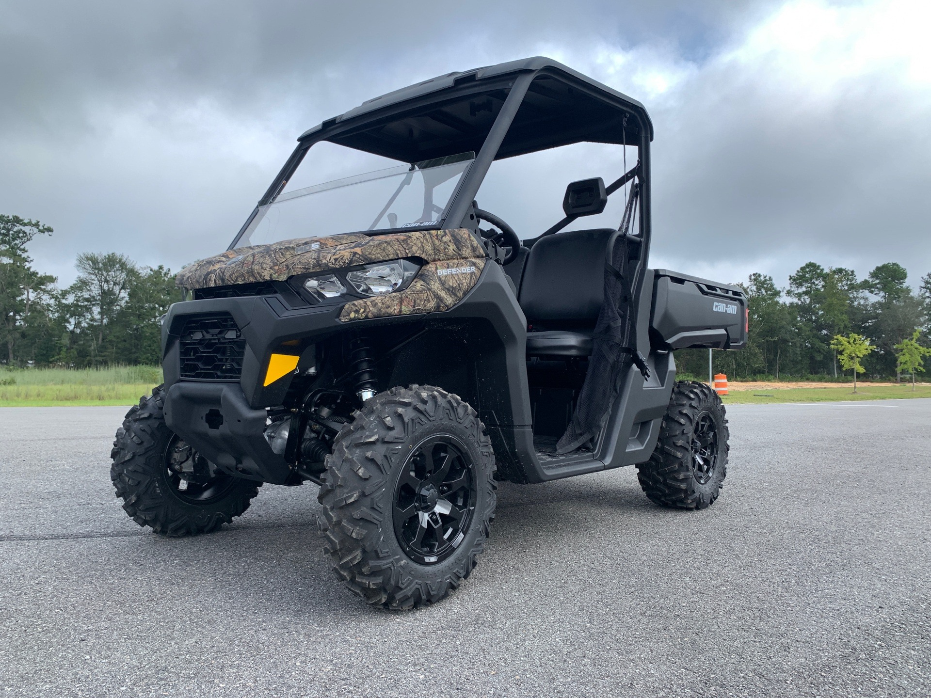 2021 Can-Am Defender DPS HD5 in Valdosta, Georgia - Photo 1