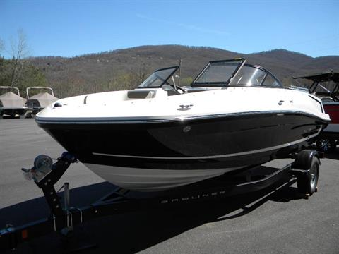 2018 Bayliner VR5 Bowrider I/O in Young Harris, Georgia