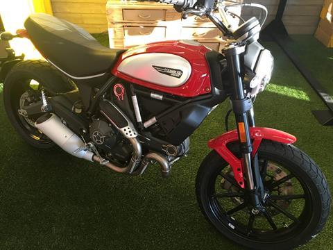 2017 Ducati Scrambler Icon Red in Austin, Texas