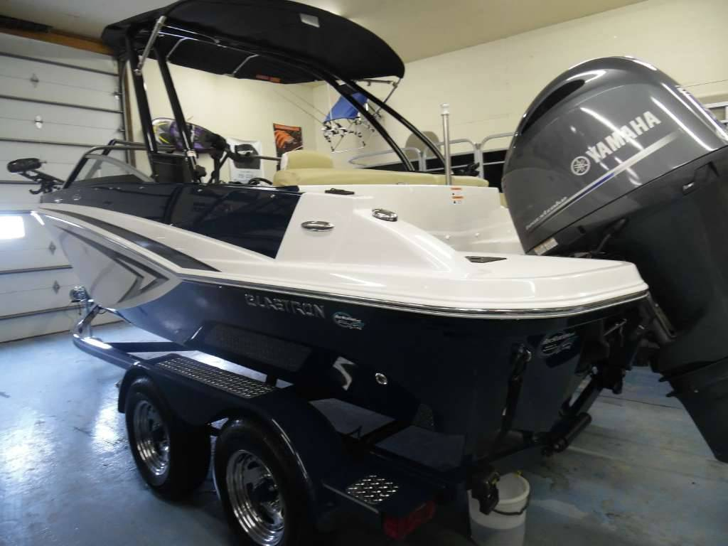 New 2016 Glastron GTSF 200 Power Boats Inboard in Spearfish