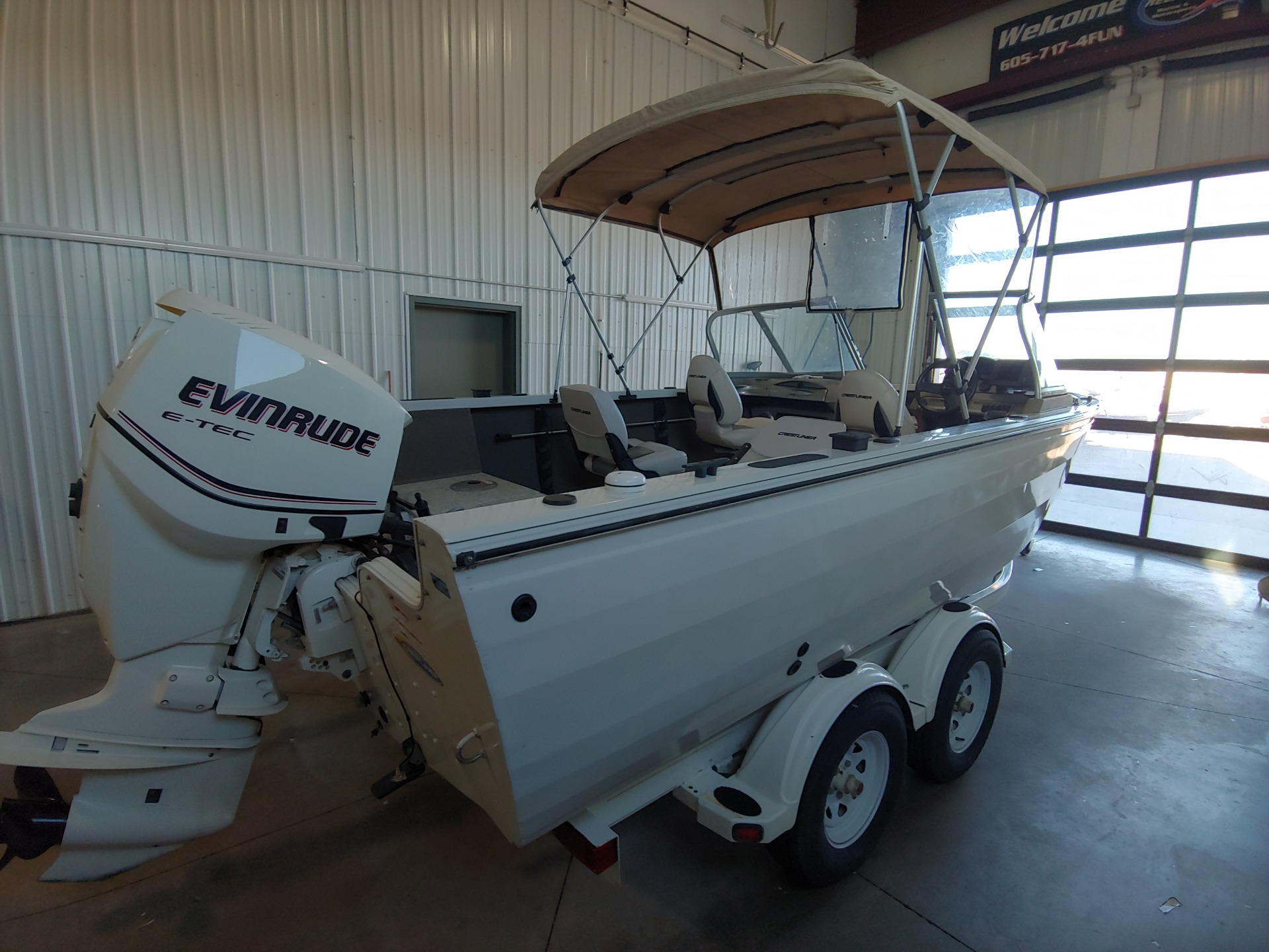 2010 Crestliner 1900 Super Hawk in Spearfish, South Dakota - Photo 1