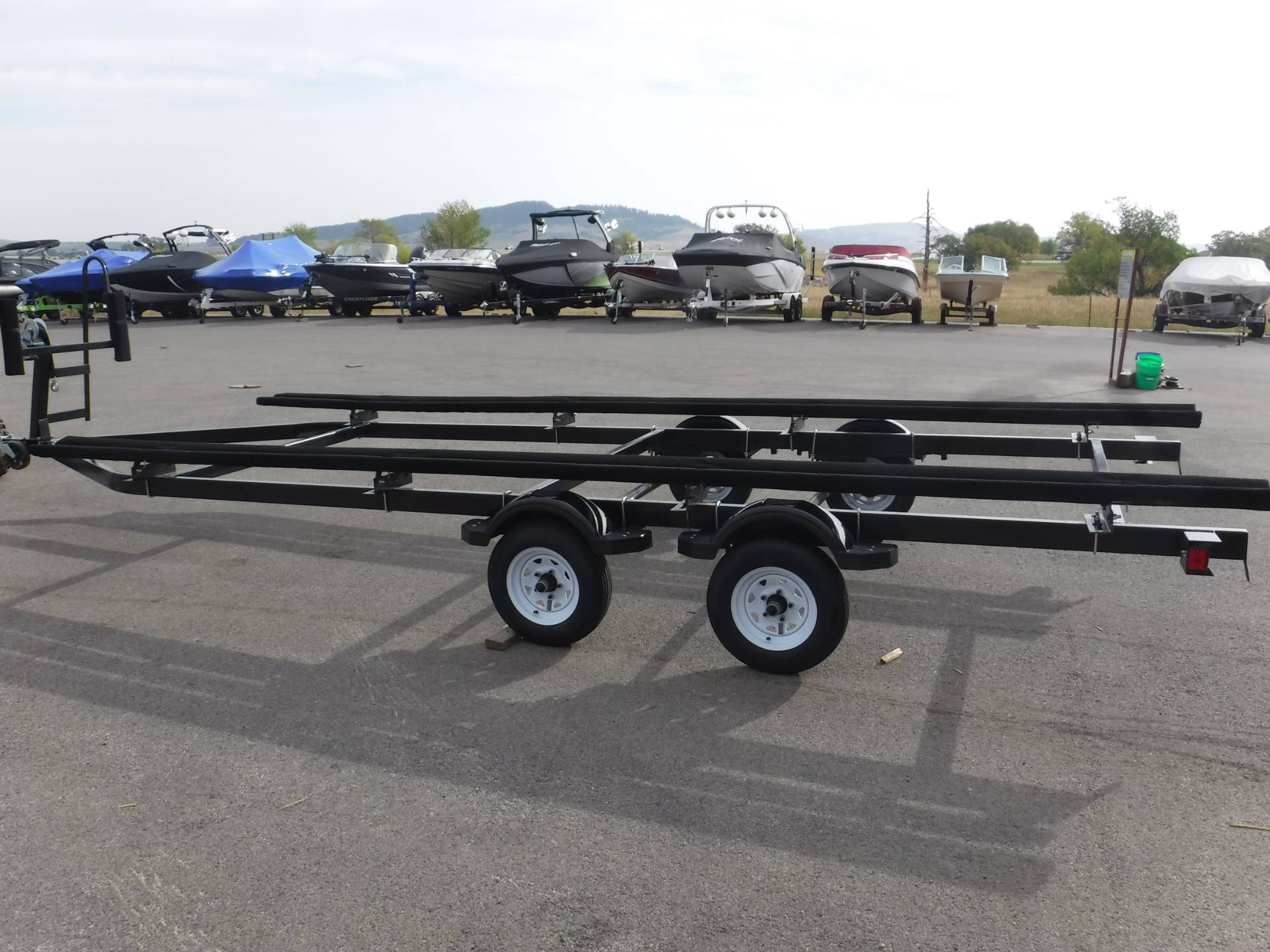 2021 LL Trailers 17'-20' Discount Pontoon Trailer- Tandem Axle in Spearfish, South Dakota - Photo 5
