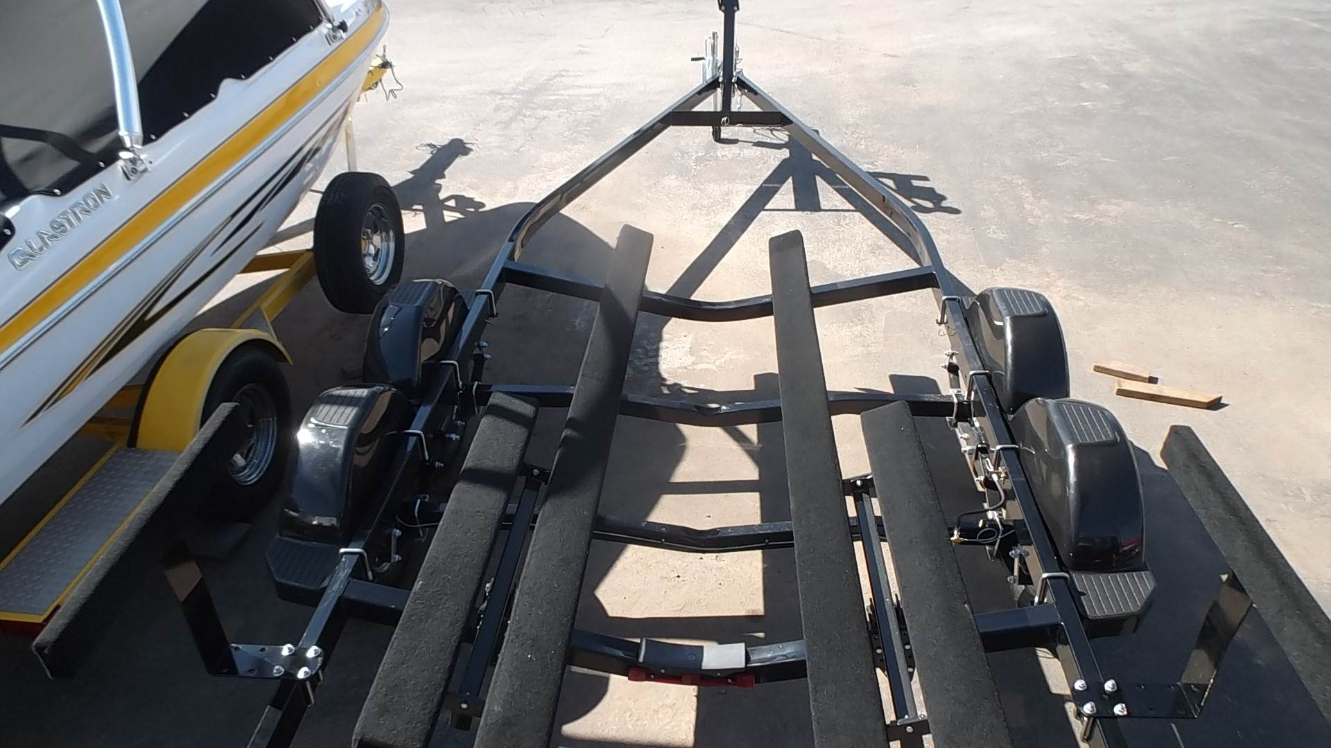 2021 Yacht Club 18-20.5' Tandem Axle Boat Trailer in Spearfish, South Dakota - Photo 16