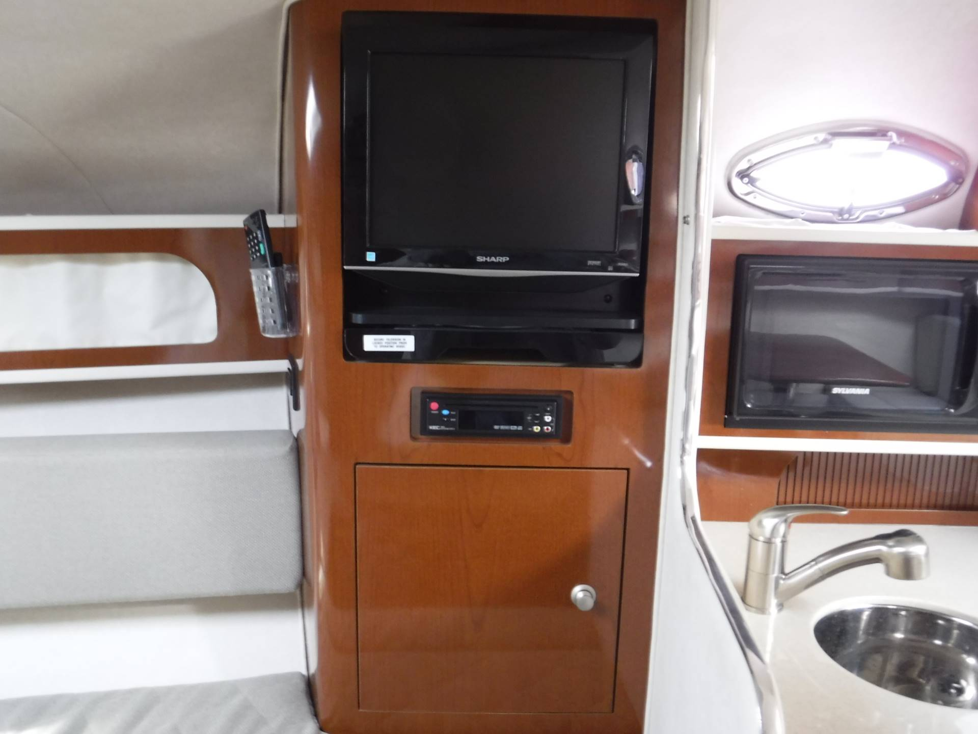 2008 Sea Ray 280 Sundancer in Spearfish, South Dakota - Photo 19
