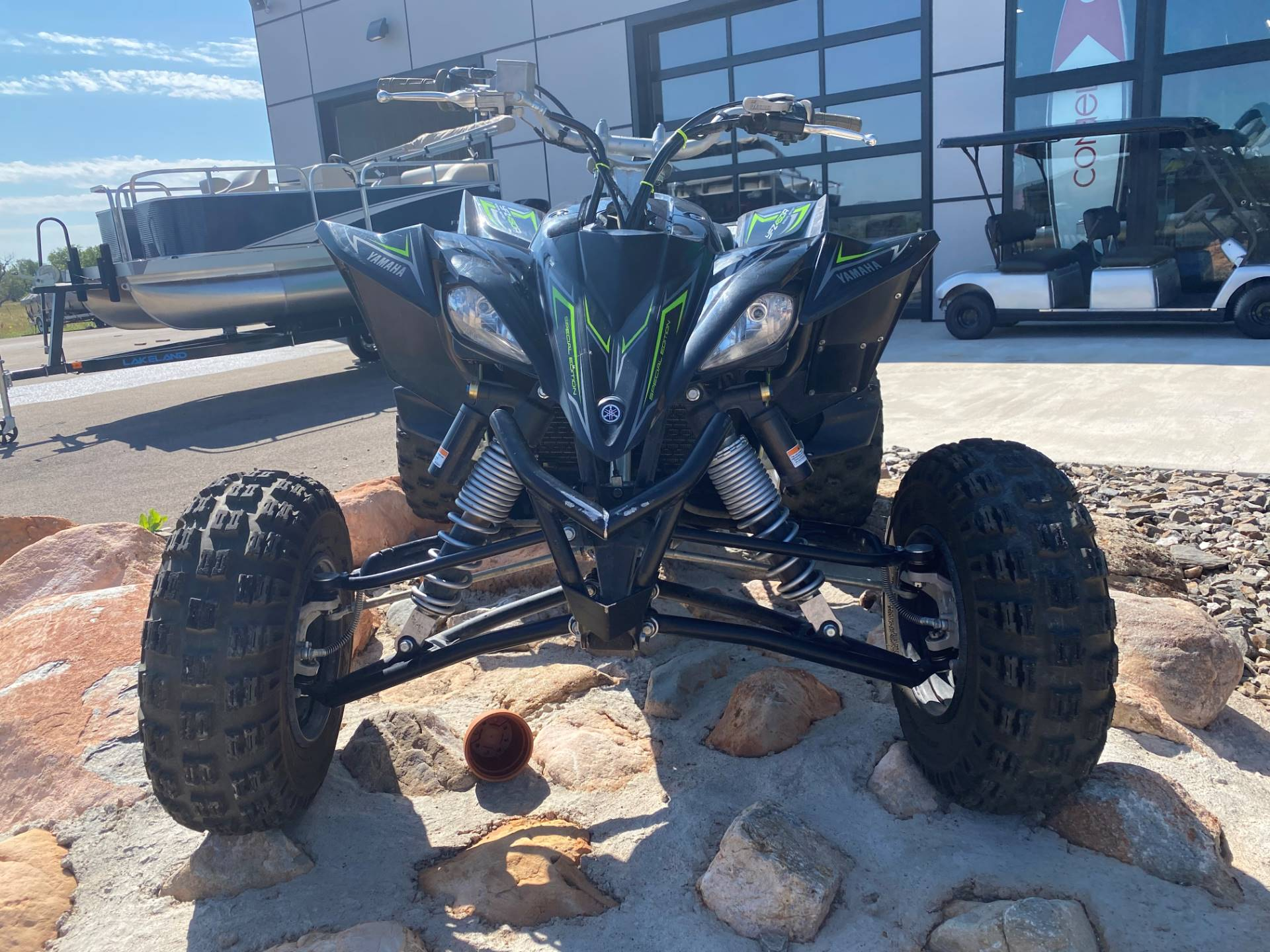 2017 Yamaha YFZ450R SE in Spearfish, South Dakota - Photo 2