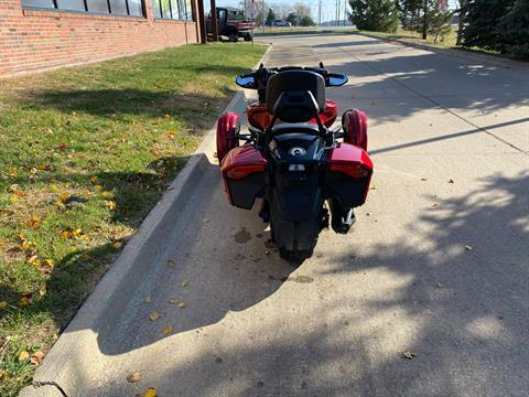2016 Can-Am Spyder F3-T SE6 w/ Audio System in Grimes, Iowa - Photo 7