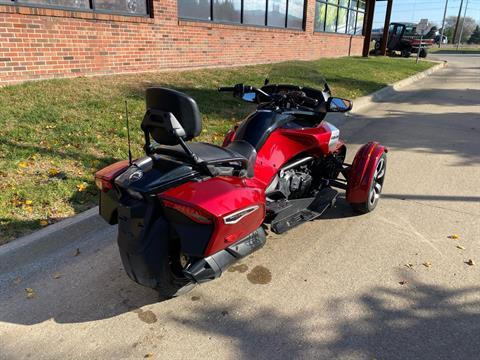 2016 Can-Am Spyder F3-T SE6 w/ Audio System in Grimes, Iowa - Photo 8