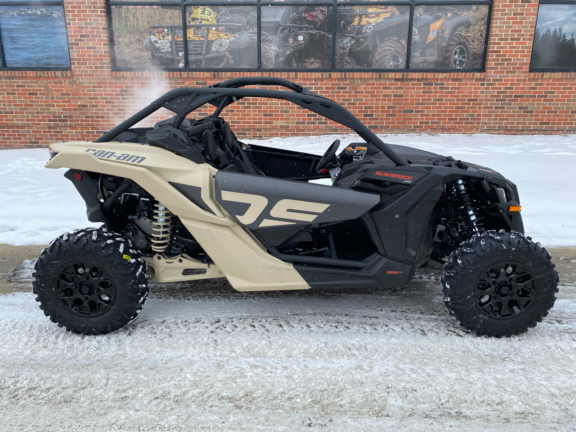 2021 Can-Am Maverick X3 DS Turbo R in Grimes, Iowa - Photo 1