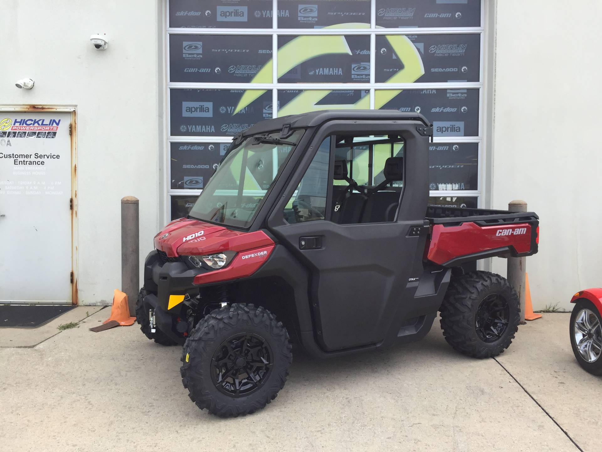 2017 Can-Am Defender XT CAB HD10 in Grimes, Iowa