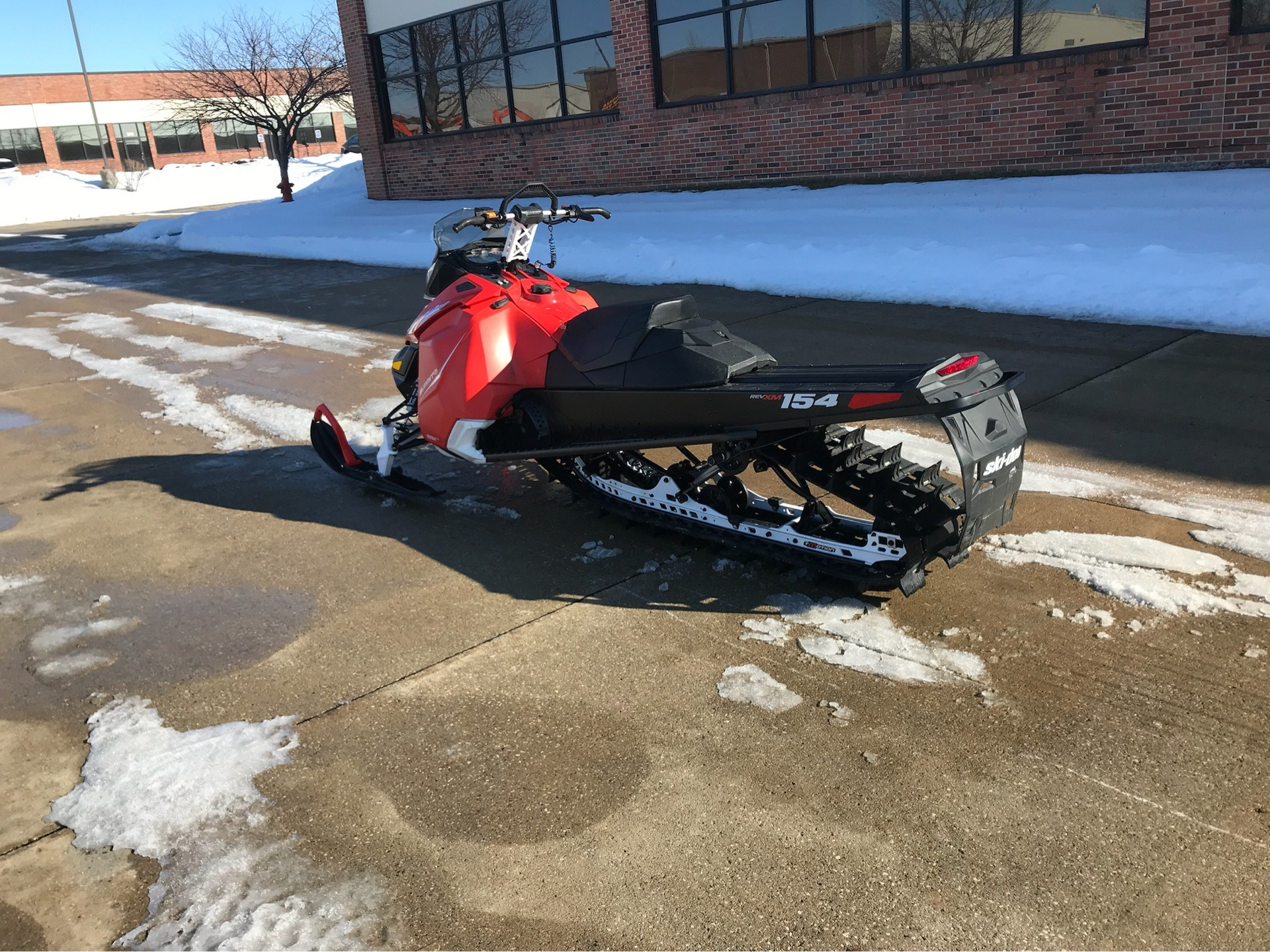 2015 Ski-Doo Summit® SP 154 800R E-TEC® in Grimes, Iowa - Photo 6