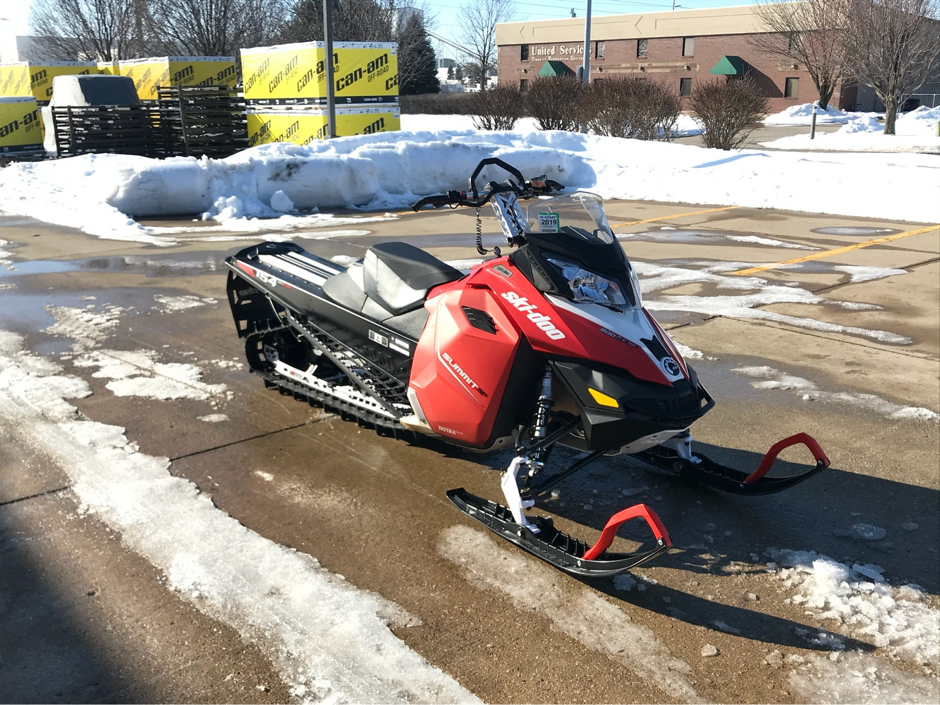 2015 Ski-Doo Summit® SP 154 800R E-TEC® in Grimes, Iowa - Photo 2