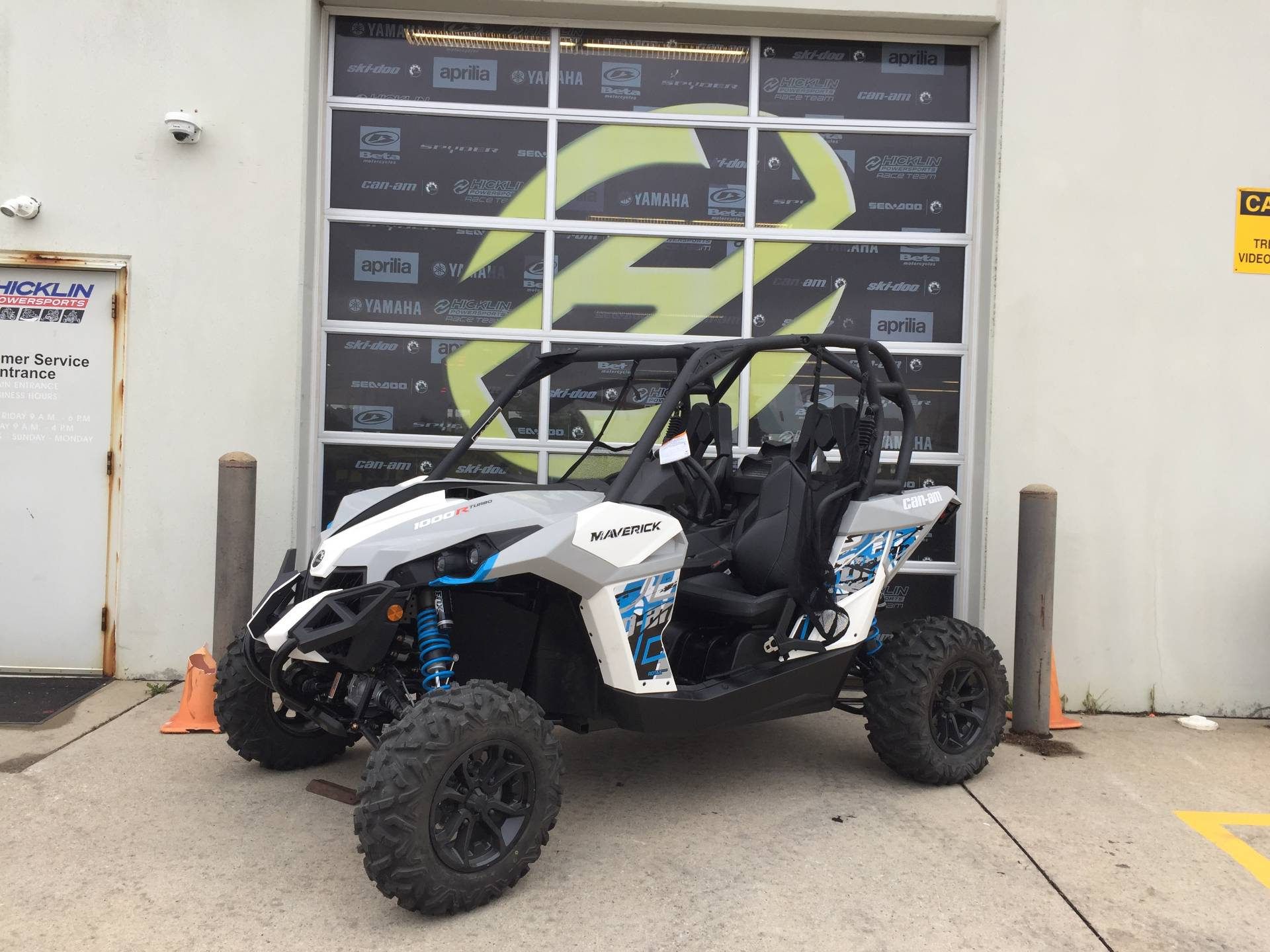2017 Can-Am Maverick Turbo in Grimes, Iowa