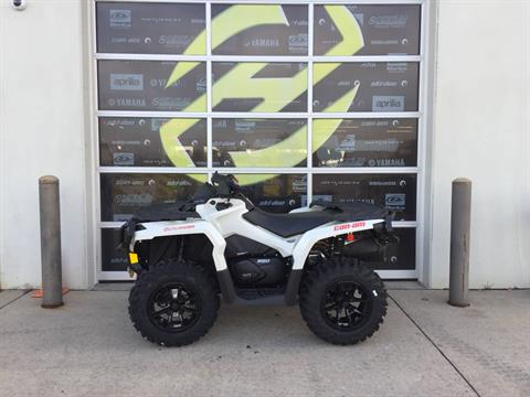 2017 Can-Am Outlander XT 650 in Grimes, Iowa