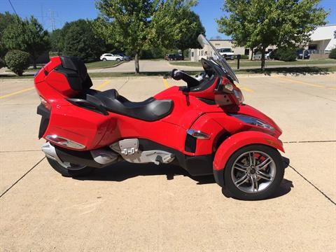 2012 Can-Am Spyder® RT-S SM5 in Grimes, Iowa