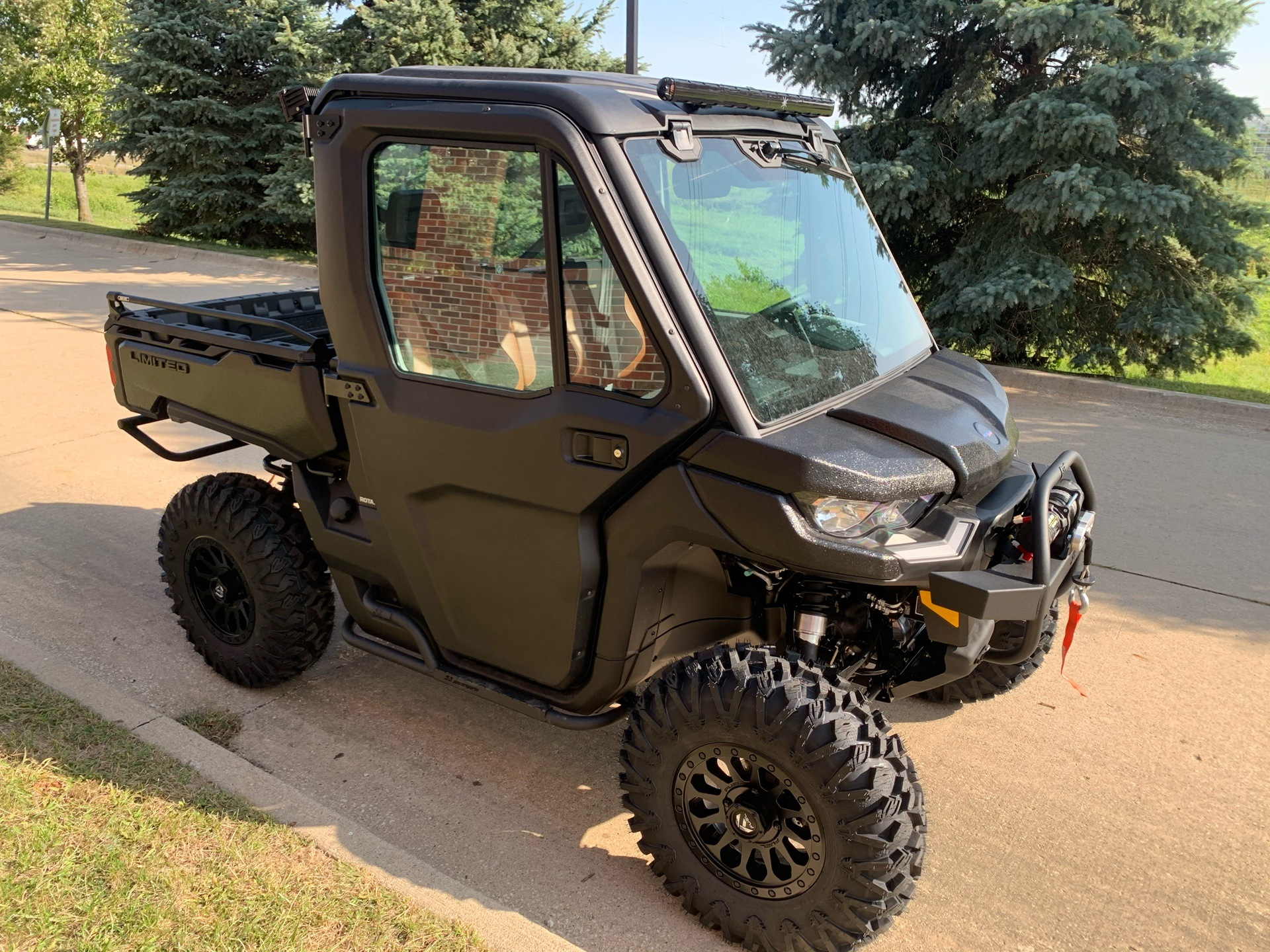 2021 Can-Am Defender Limited HD10 in Grimes, Iowa - Photo 8