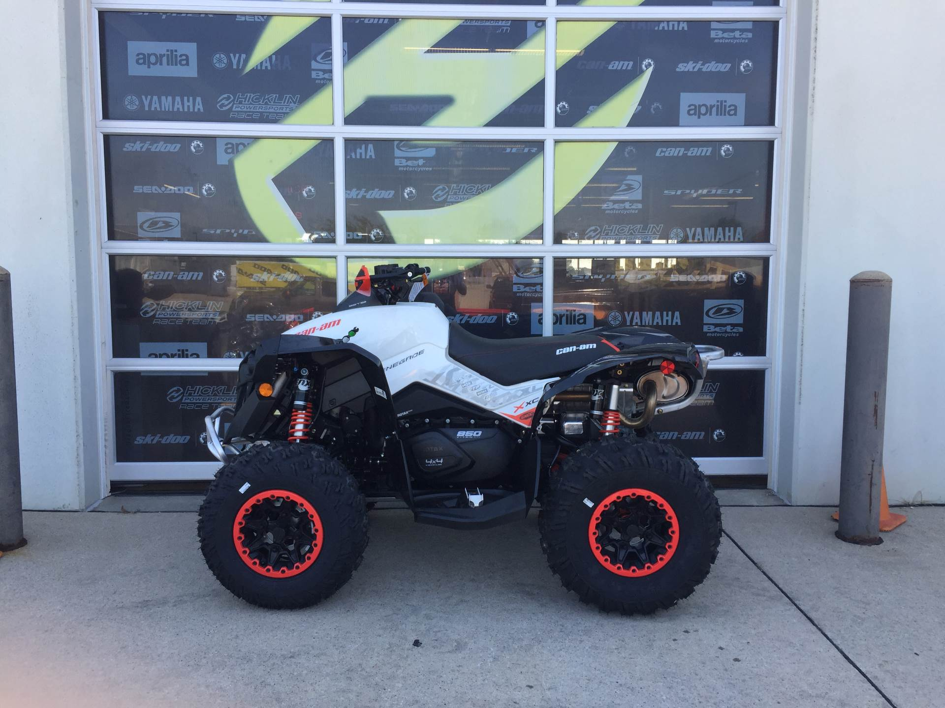 2017 Can-Am Renegade X xc 850 in Grimes, Iowa