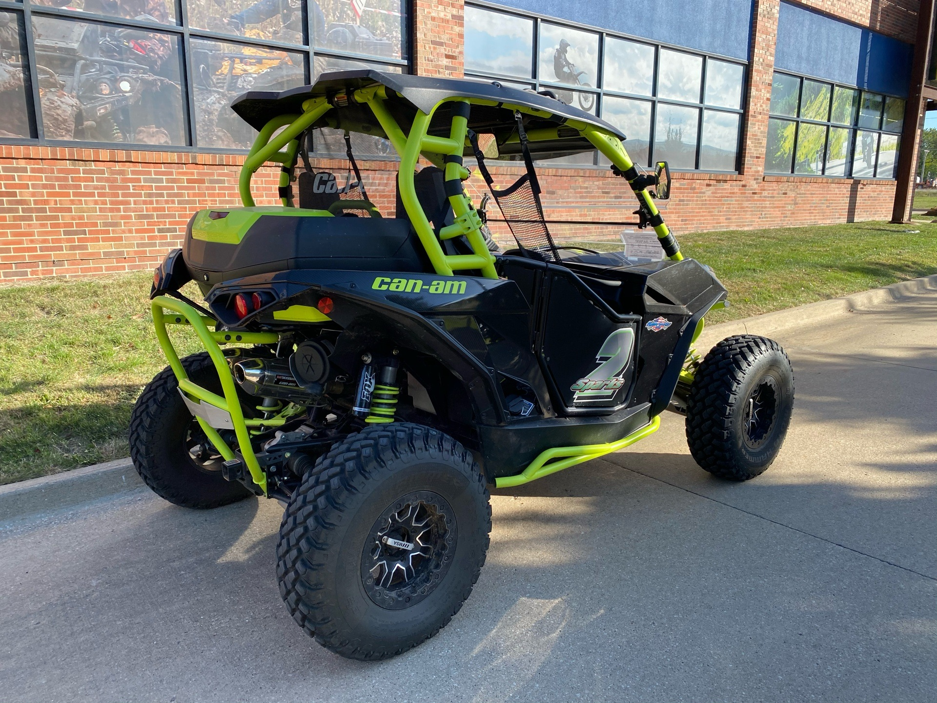 2016 Can-Am Maverick X ds Turbo in Grimes, Iowa - Photo 8