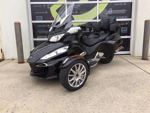 2016 Can-Am Spyder RT Limited in Grimes, Iowa