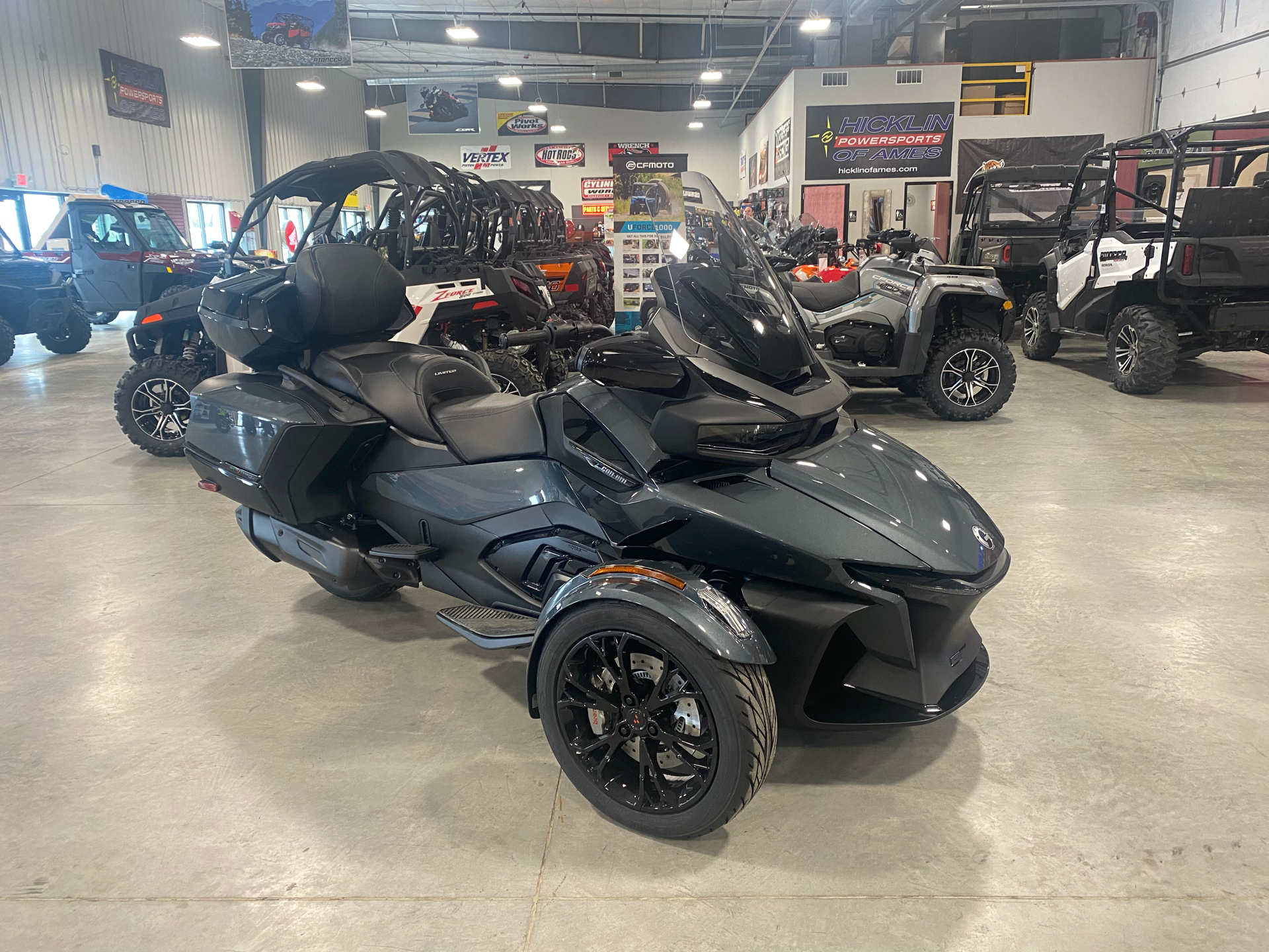 2021 Can-Am Spyder RT Limited in Ames, Iowa - Photo 1