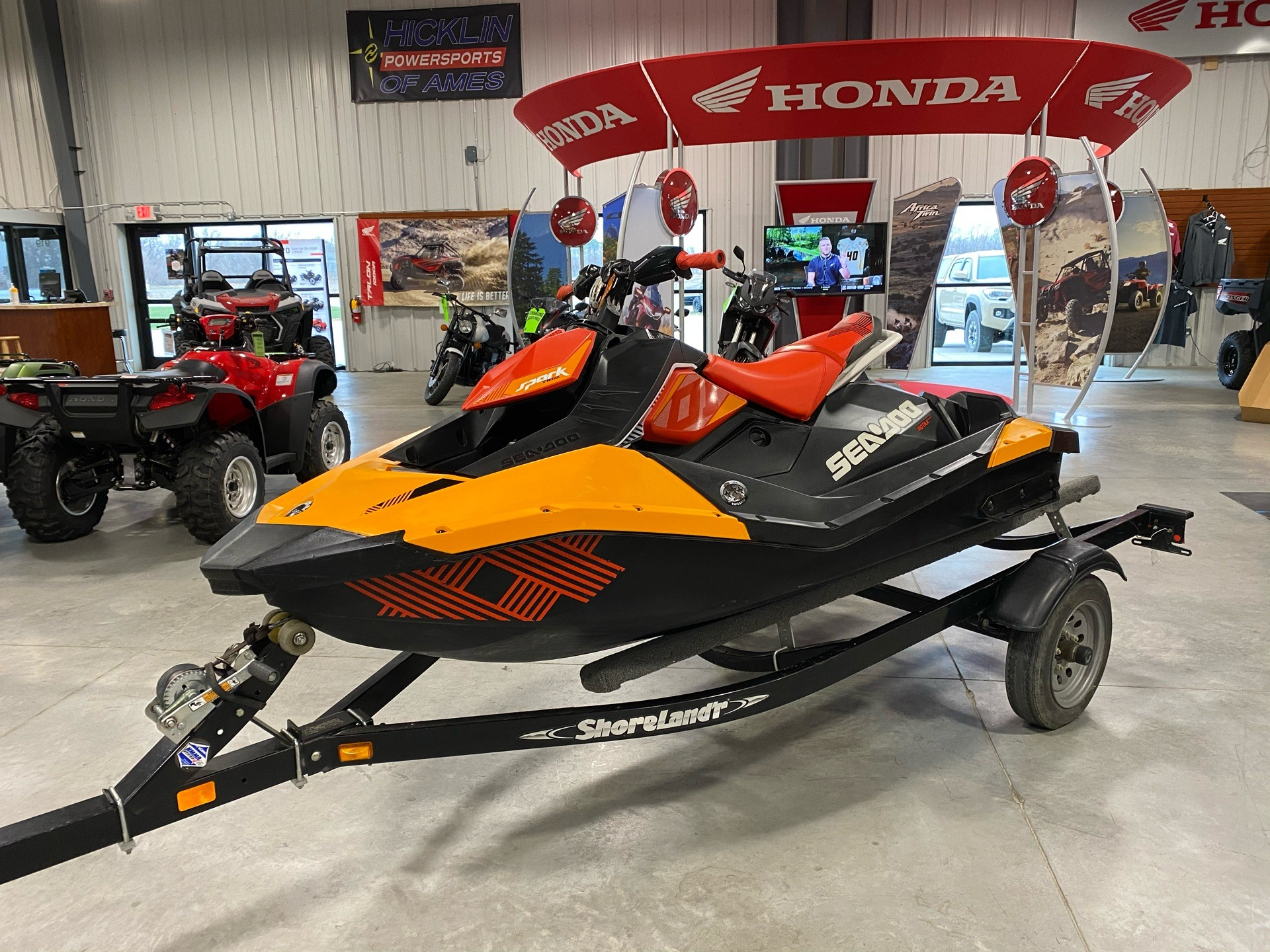 2018 Sea-Doo Spark Trixx 2up iBR in Ames, Iowa - Photo 2