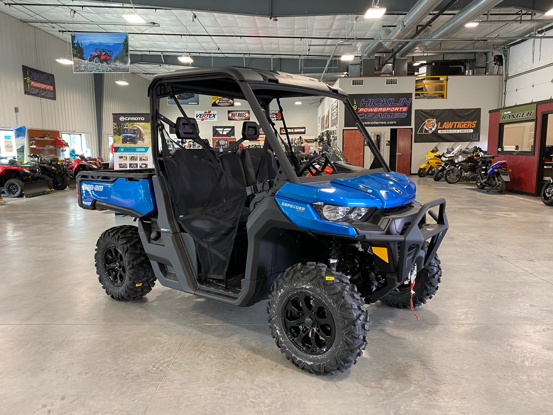 2021 Can-Am Defender XT HD8 in Ames, Iowa - Photo 1