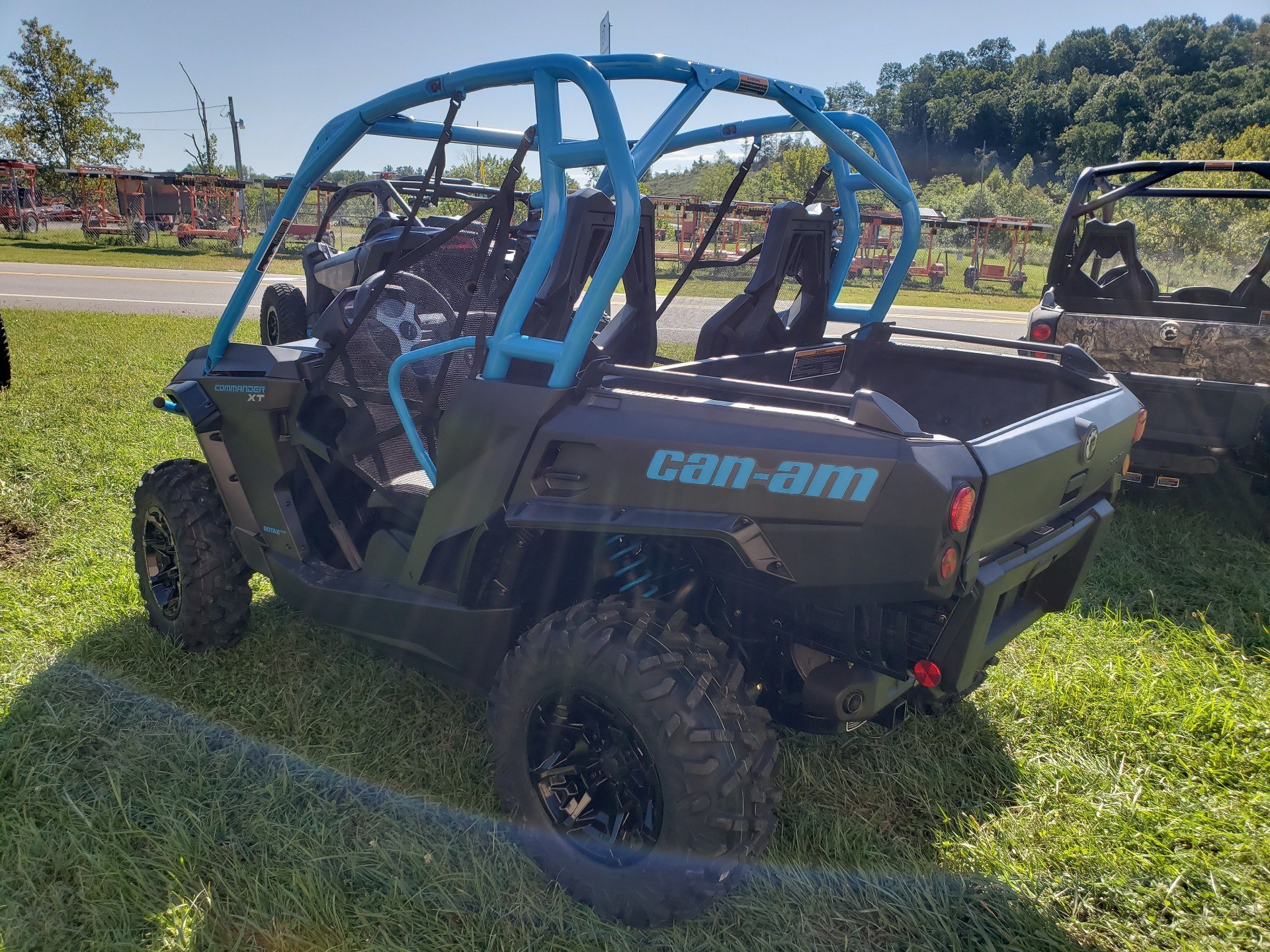 2019 Can-Am Commander XT 800R in Mineral Wells, West Virginia