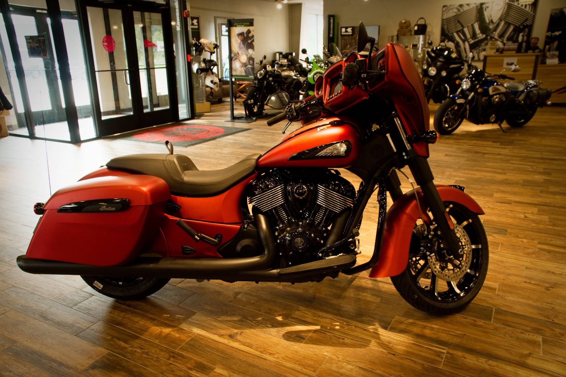 2021 Indian Chieftain® Dark Horse® in Mineral Wells, West Virginia - Photo 4