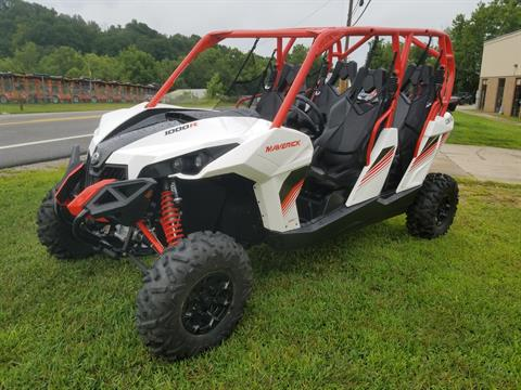 2018 Can-Am Maverick MAX DPS in Mineral Wells, West Virginia