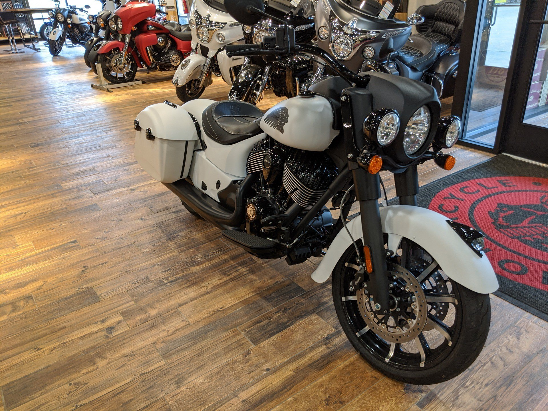 2019 Indian Springfield® Dark Horse® ABS in Mineral Wells, West Virginia - Photo 8