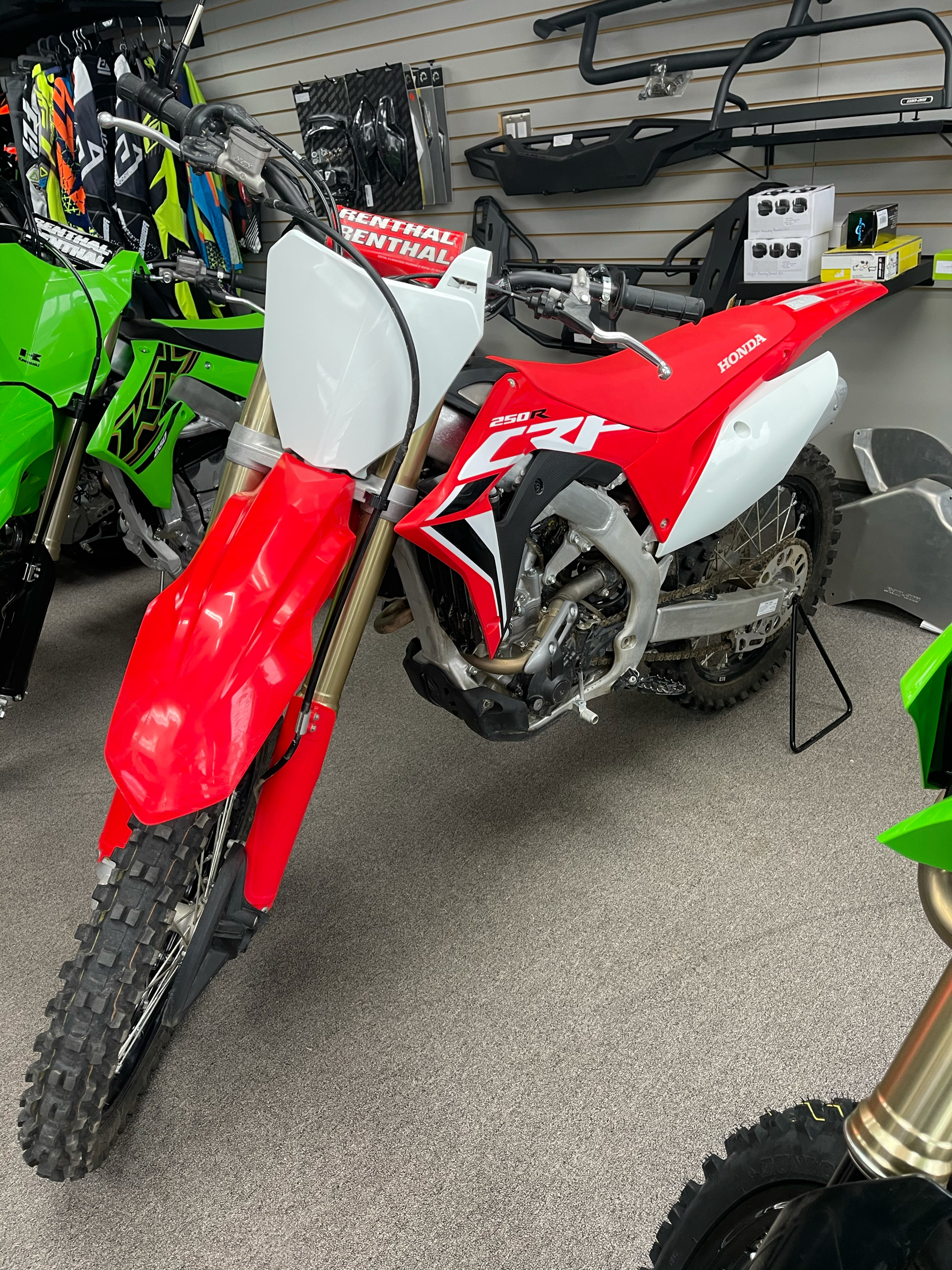 2020 Honda CRF250R in Mineral Wells, West Virginia - Photo 1