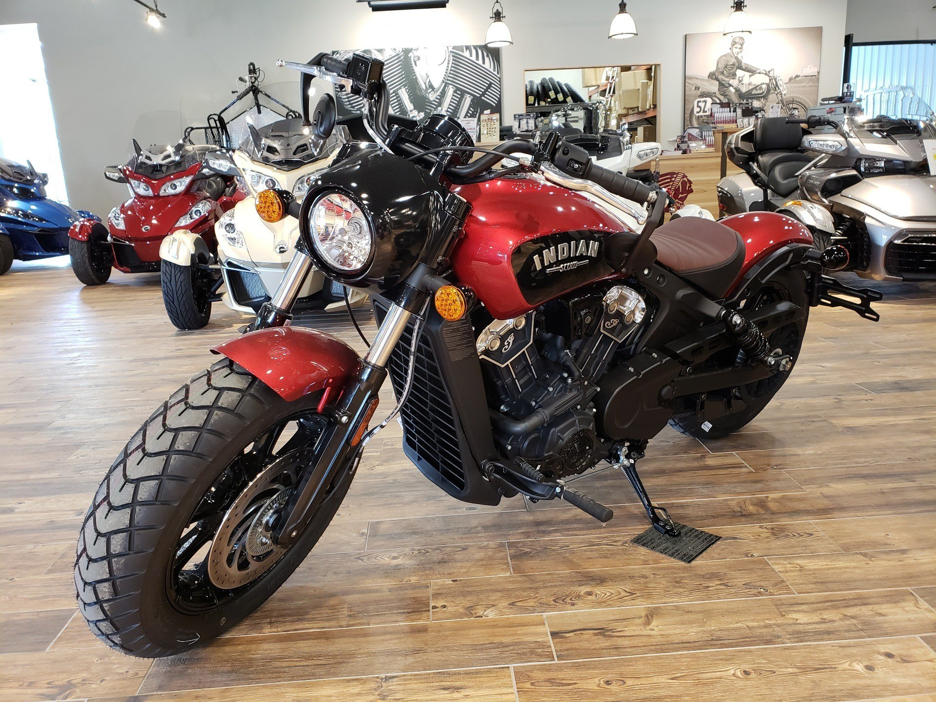 2019 Indian Scout® Bobber ABS Icon Series in Mineral Wells, West Virginia - Photo 4