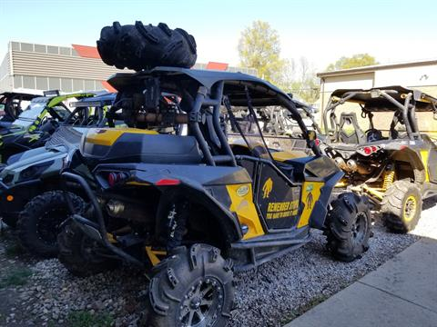 2014 Can-Am Maverick™  1000R X mr in Mineral Wells, West Virginia