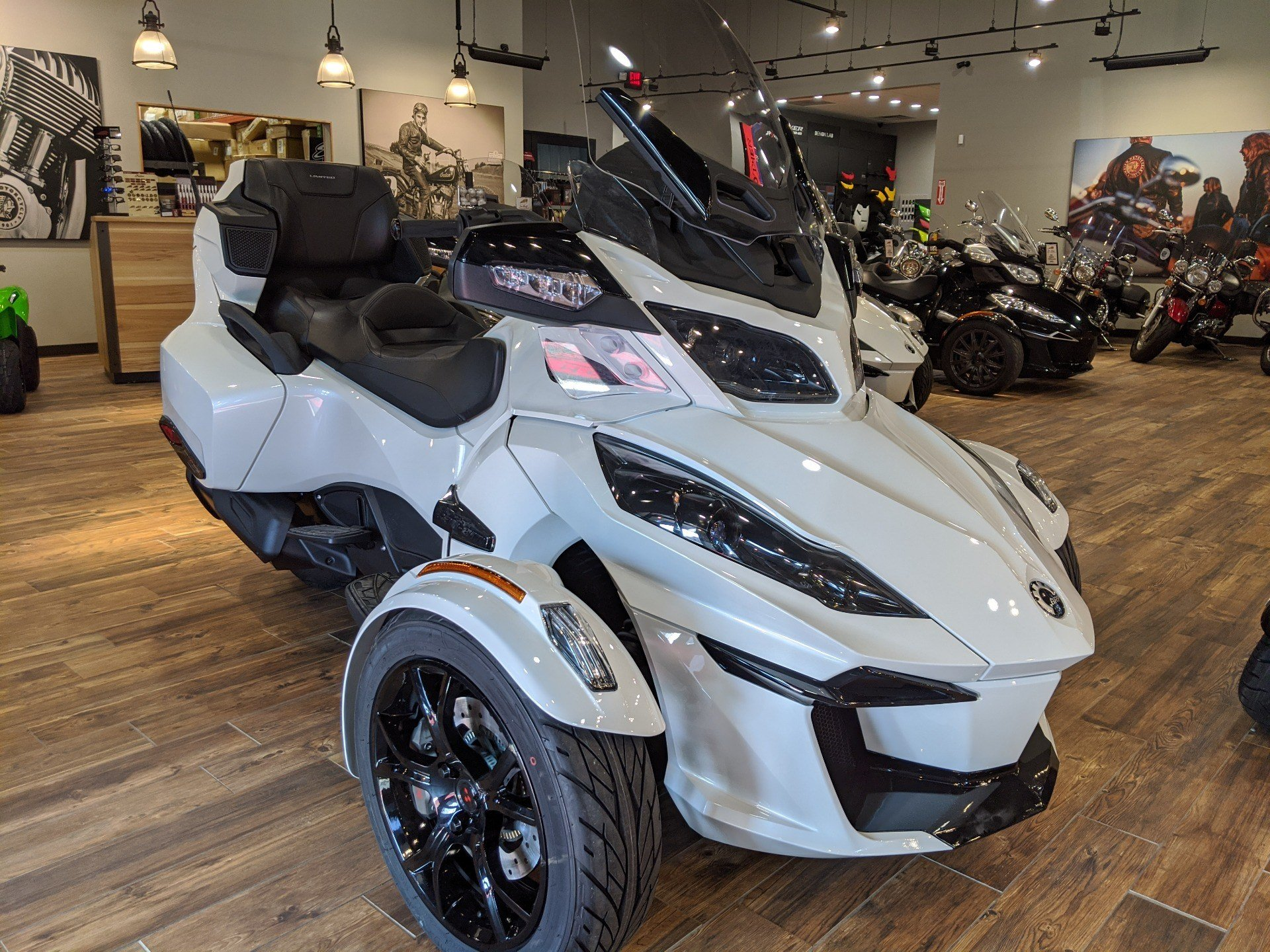2019 Can-Am Spyder RT Limited in Mineral Wells, West Virginia - Photo 4