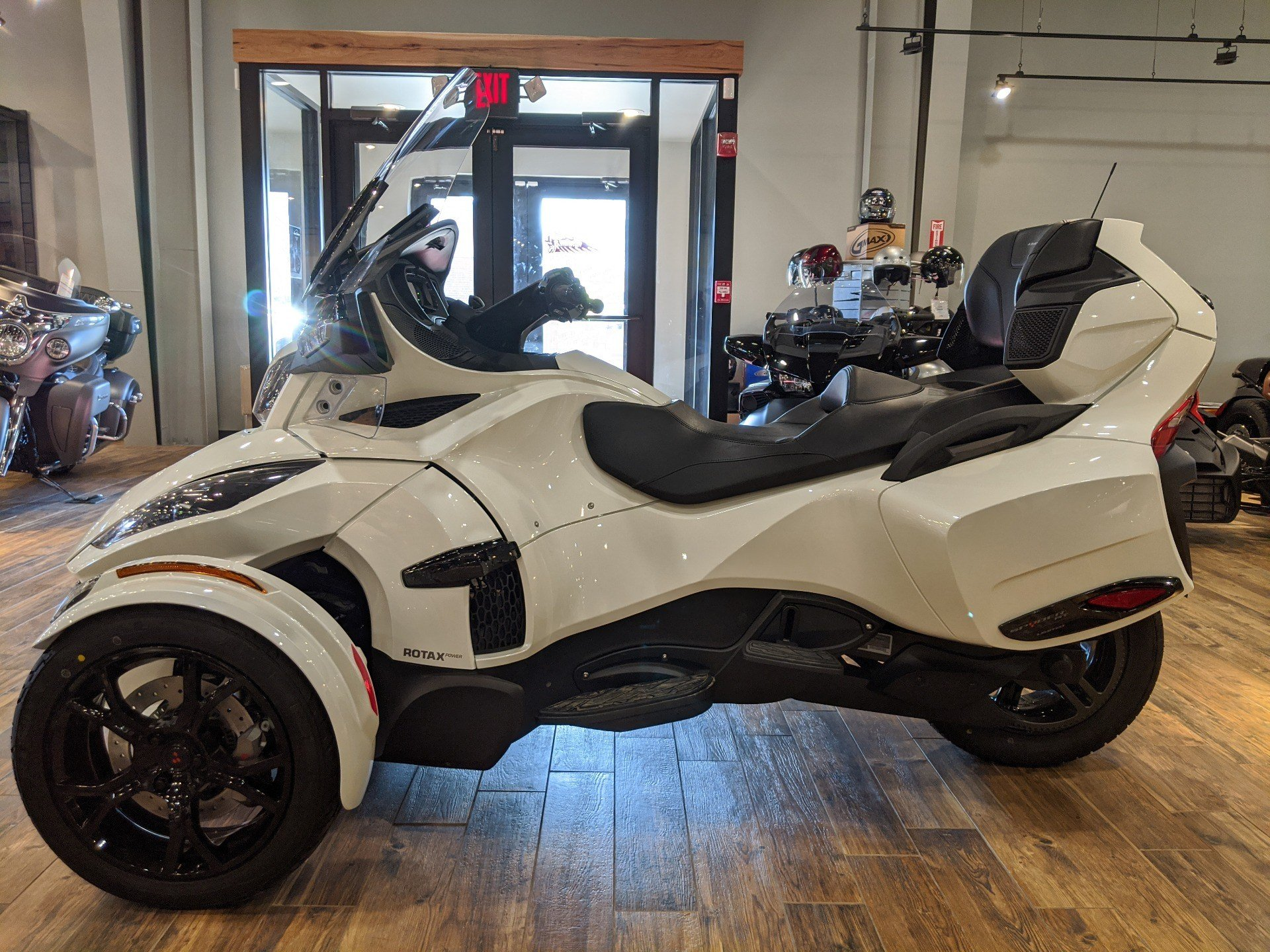 2019 Can-Am Spyder RT Limited in Mineral Wells, West Virginia - Photo 7