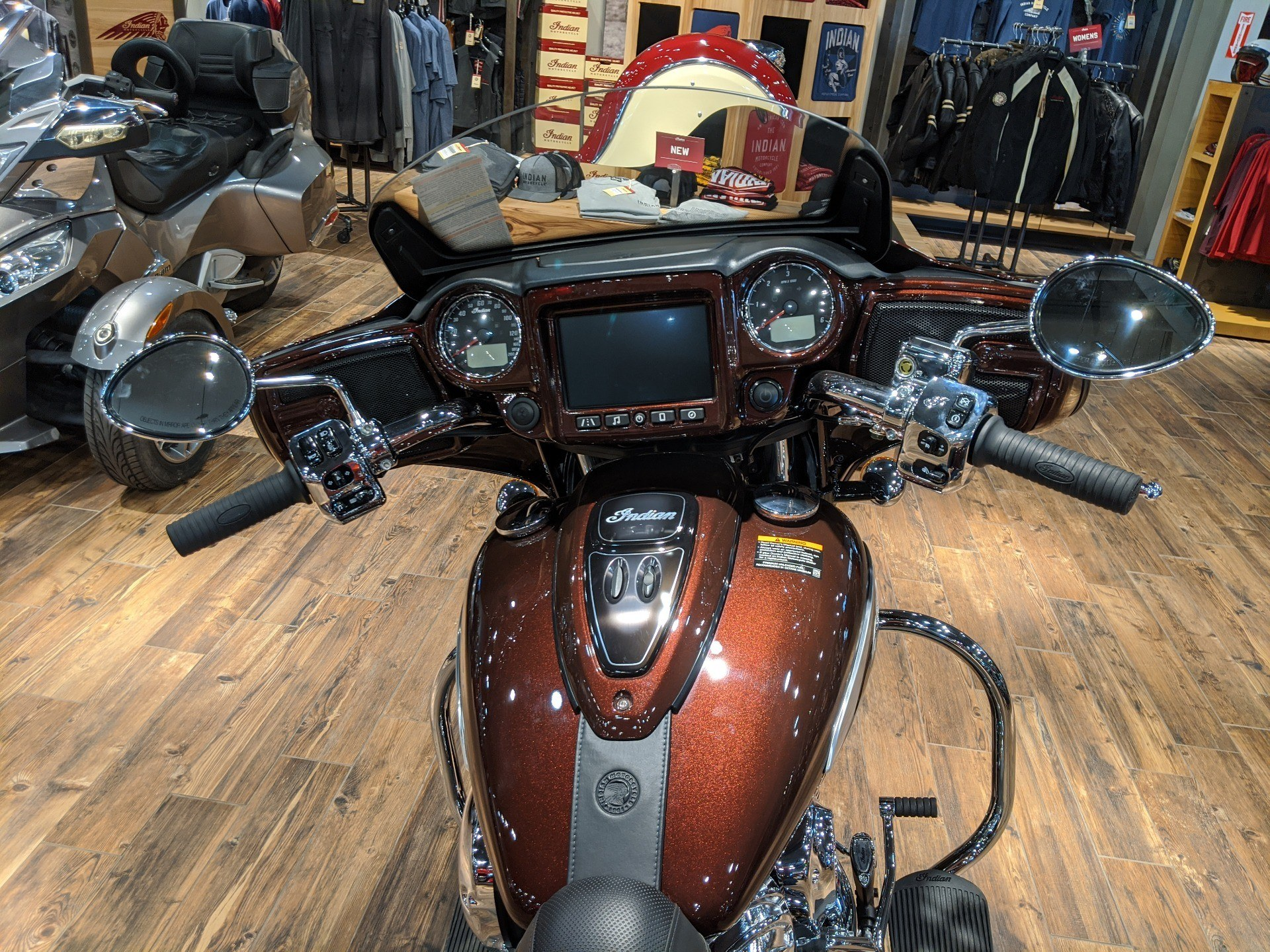 2019 Indian Chieftain® Limited ABS in Mineral Wells, West Virginia - Photo 9