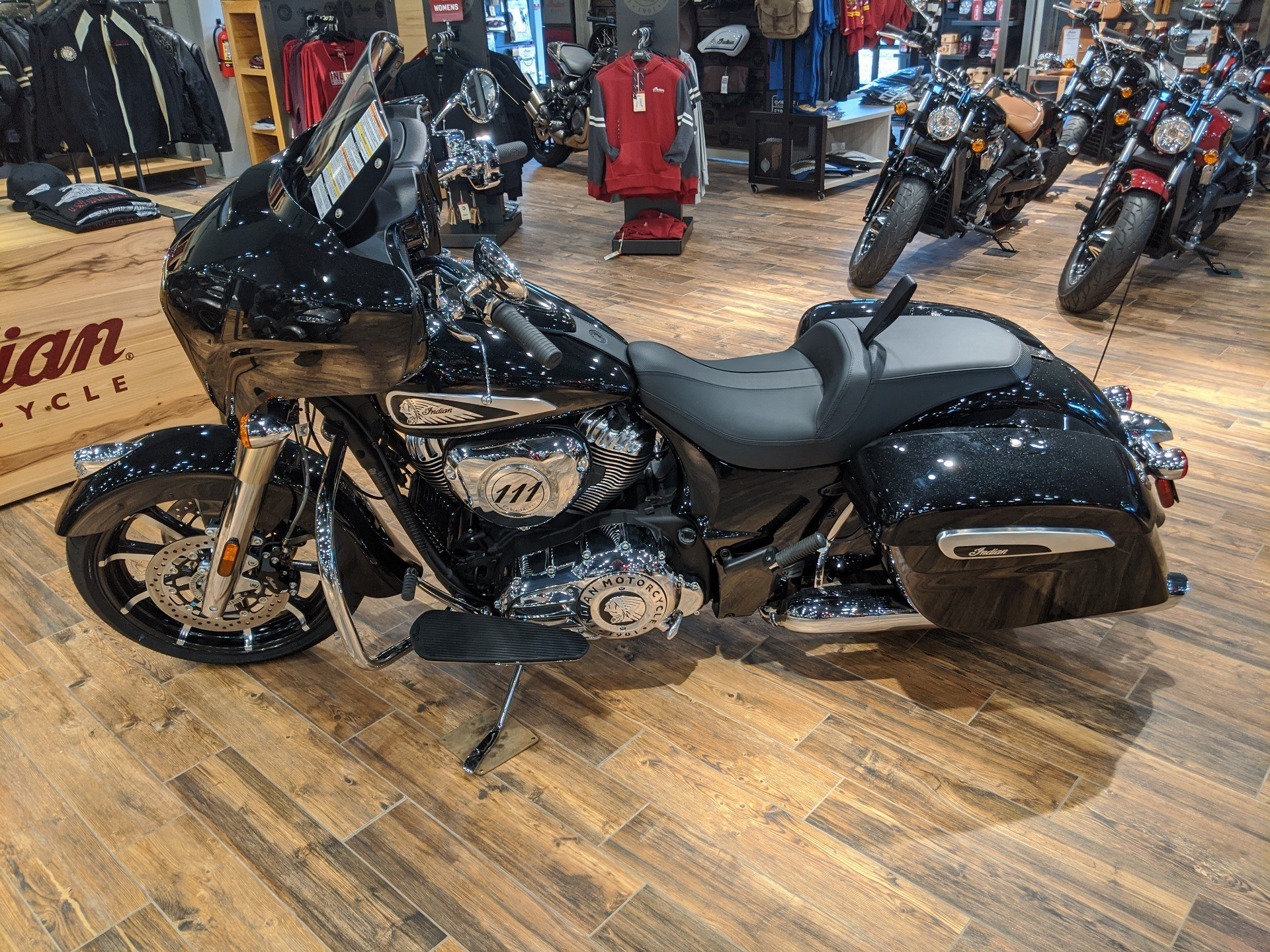 2019 Indian Chieftain® Limited ABS in Mineral Wells, West Virginia - Photo 3
