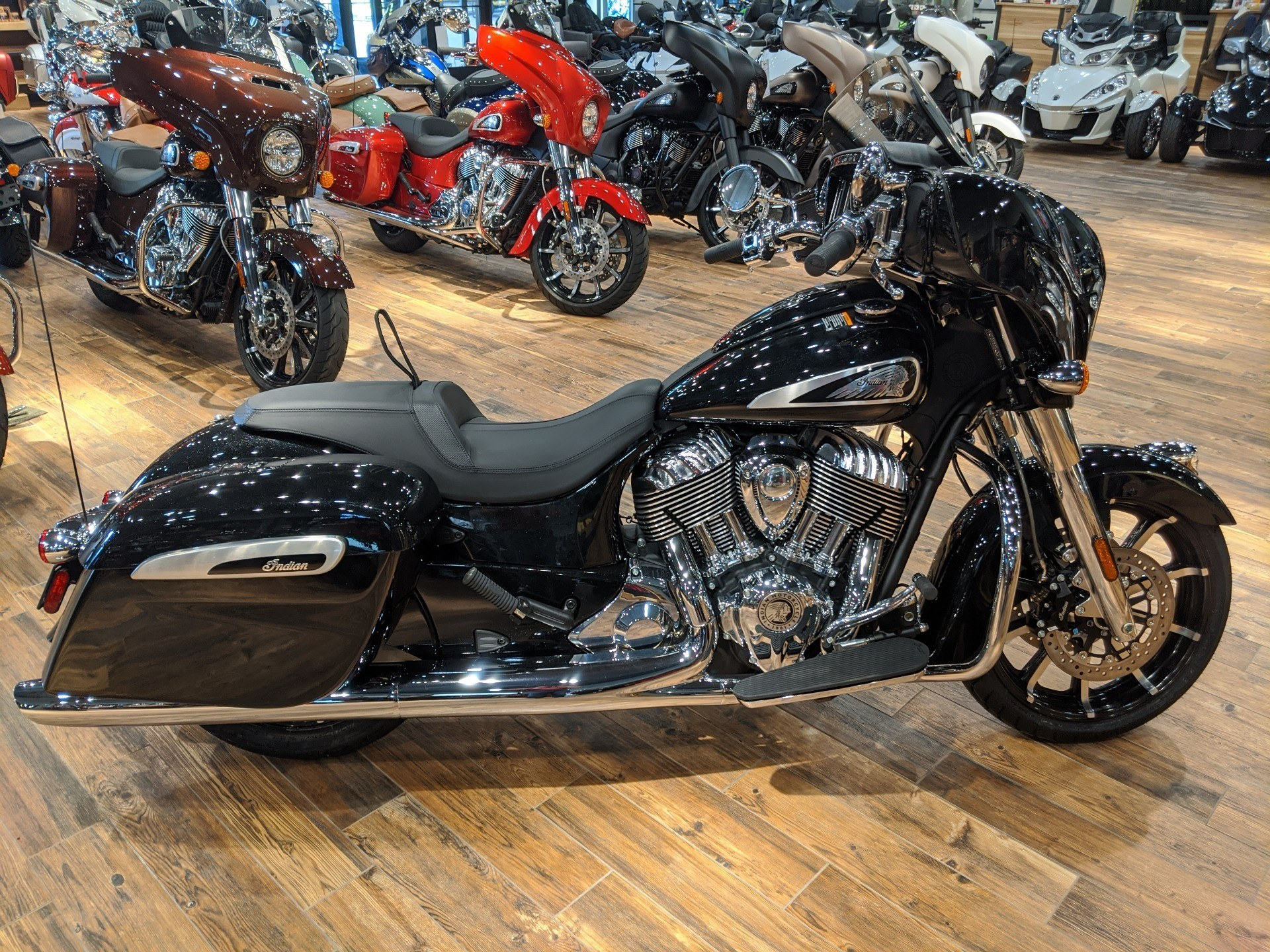 2019 Indian Chieftain® Limited ABS in Mineral Wells, West Virginia - Photo 7