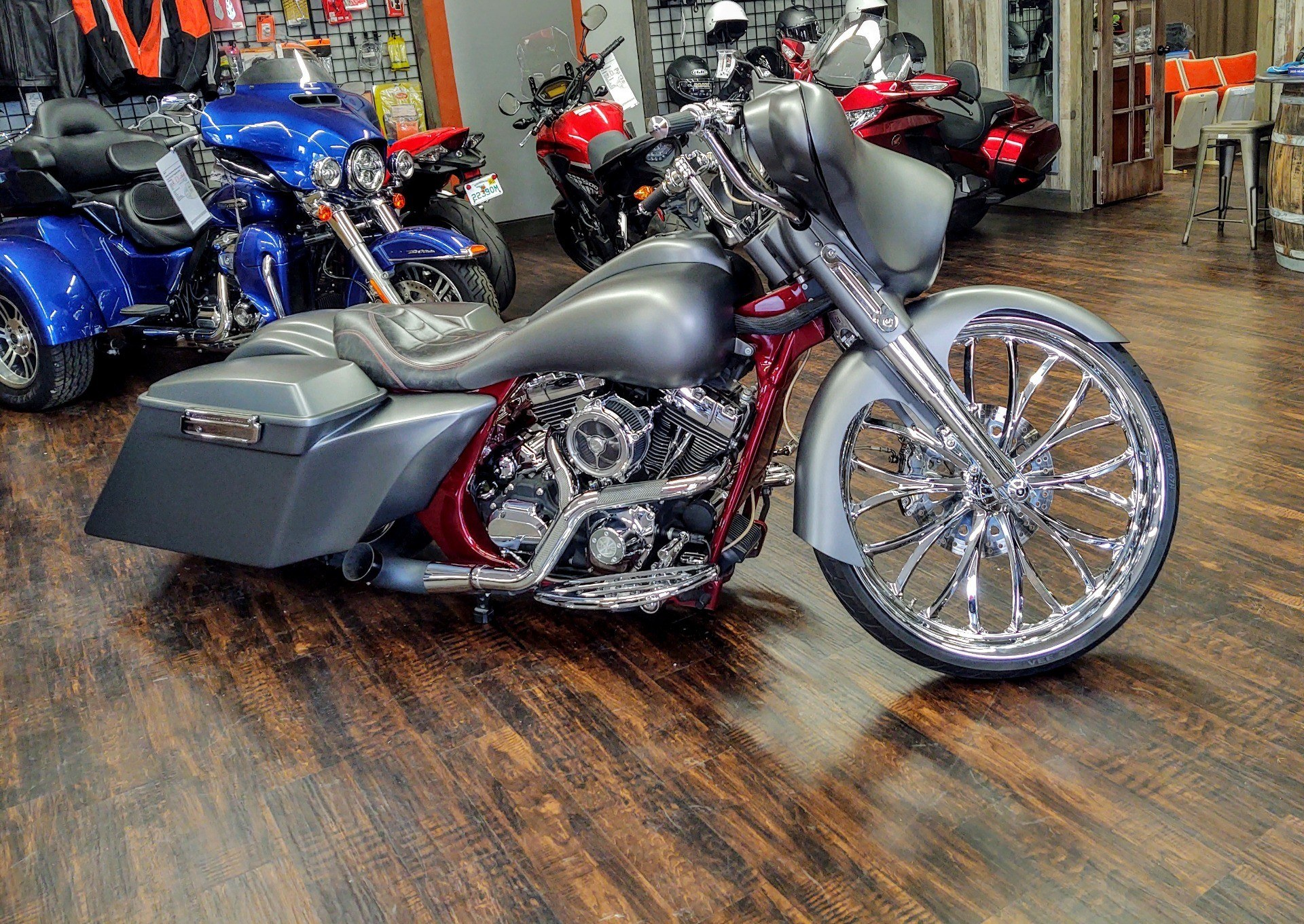 2008 Harley-Davidson Street Glide® in Pensacola, Florida - Photo 3