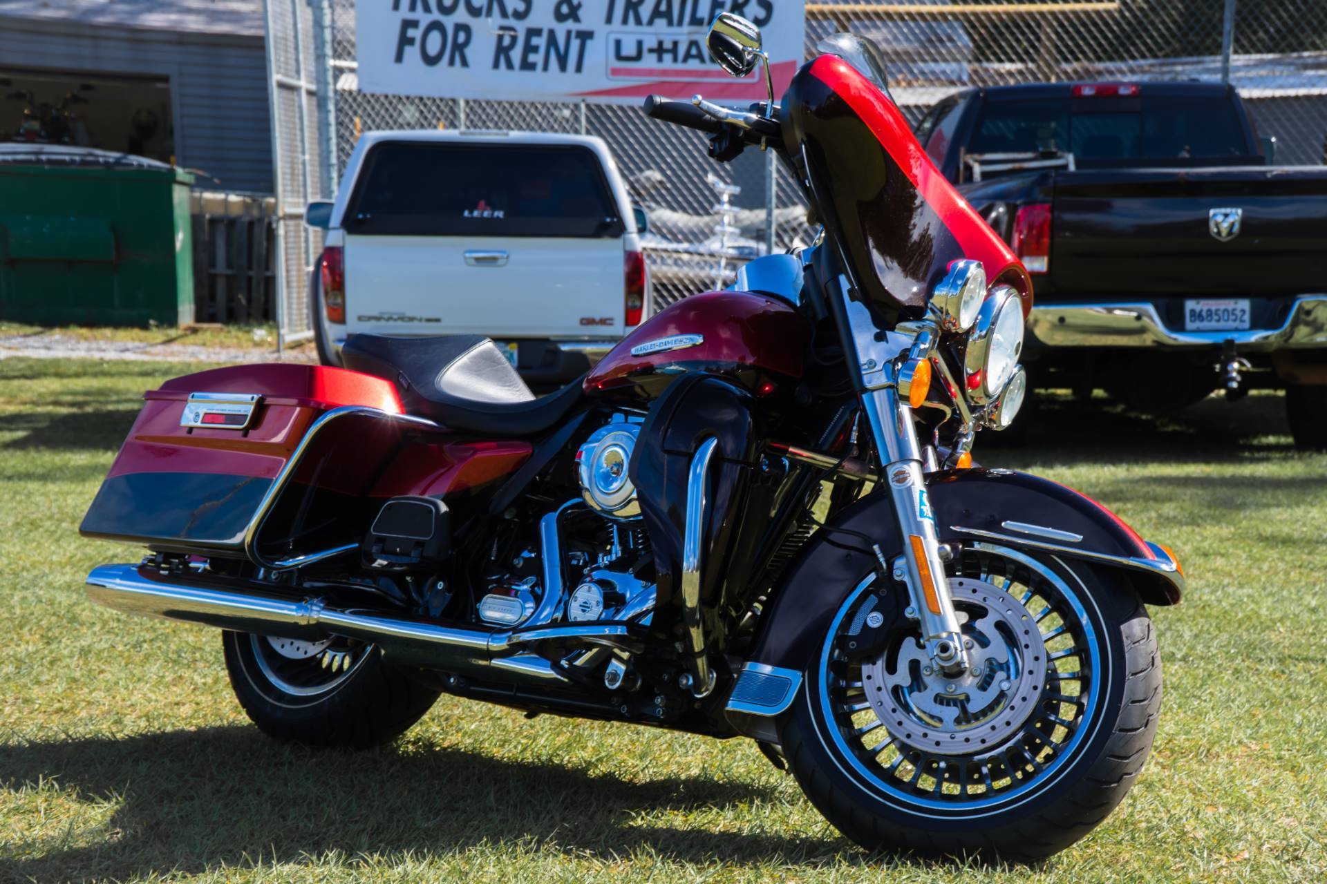 2013 Harley-Davidson Electra Glide® Ultra Limited in Pensacola, Florida - Photo 2