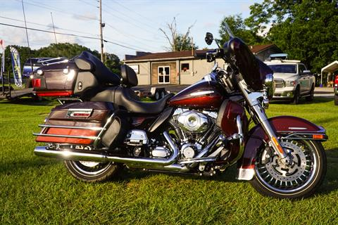 2011 Harley-Davidson Electra Glide® Ultra Limited in Pensacola, Florida - Photo 2