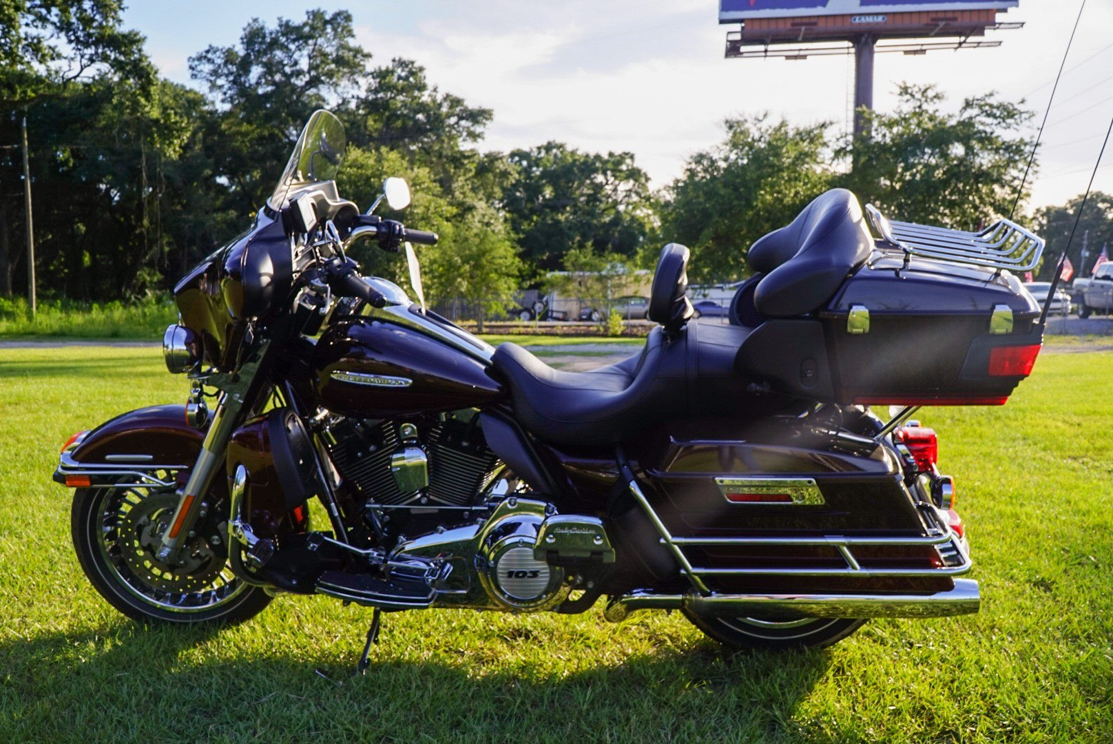 2011 Harley-Davidson Electra Glide® Ultra Limited in Pensacola, Florida - Photo 9