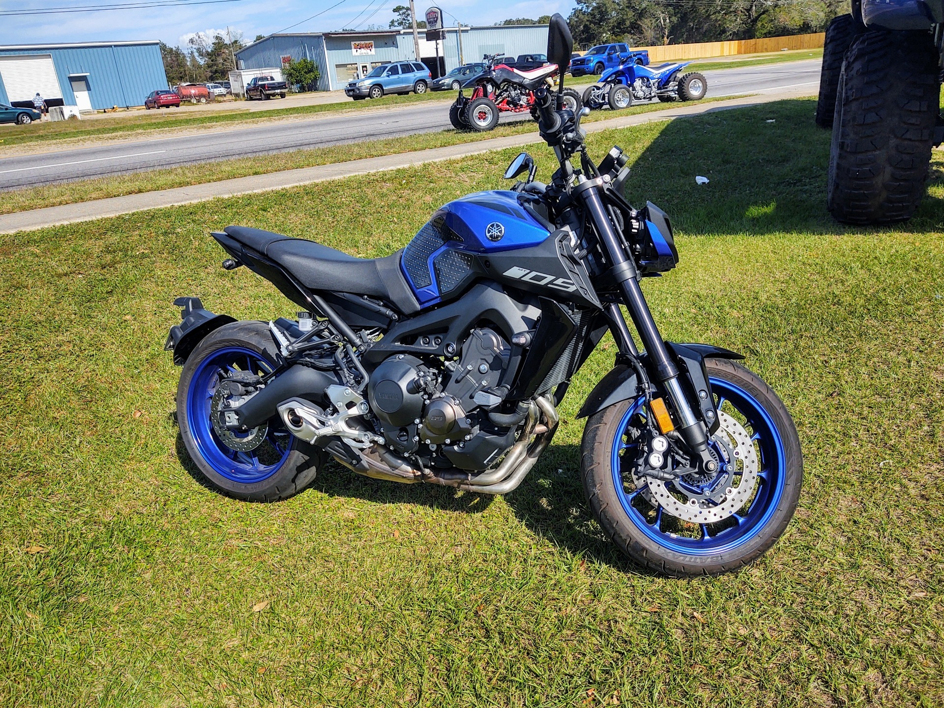 2019 Yamaha MT-09 in Pensacola, Florida - Photo 2