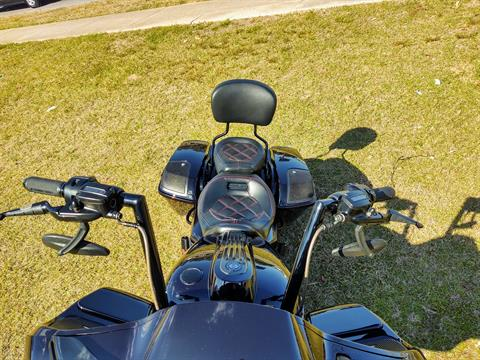 2019 Harley-Davidson CVO™ Road Glide® in Pensacola, Florida - Photo 16